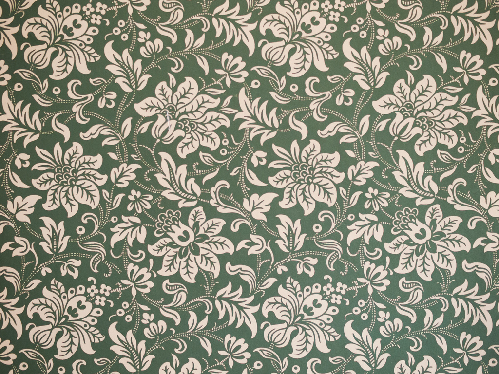 Flowery Wallpaper | by wwarby Flowery Wallpaper | by wwarby