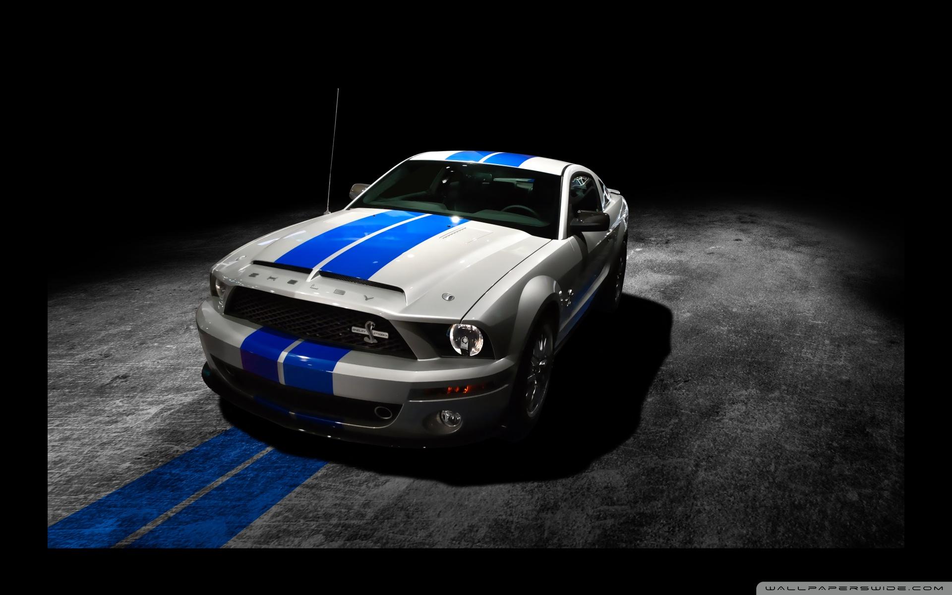 Ford Mustang - hot-new-movies-cars Wallpaper