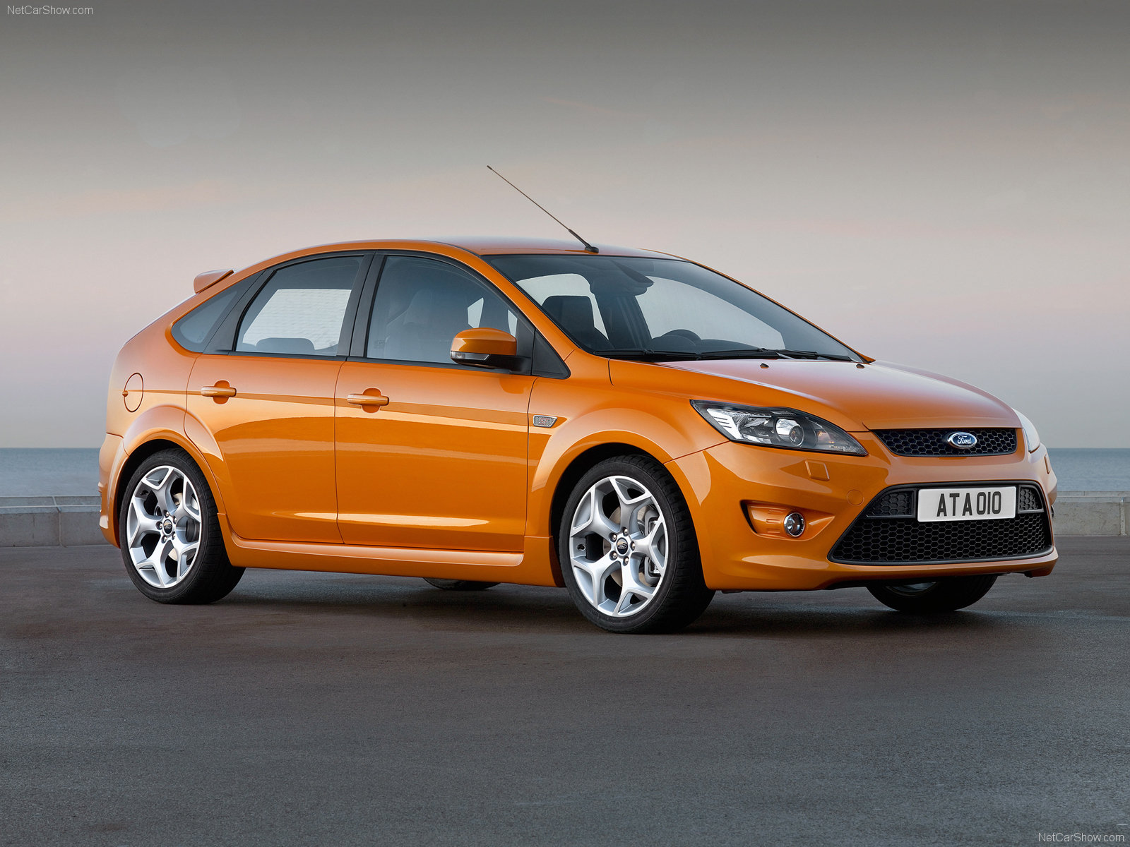 Ford Focus Pictures