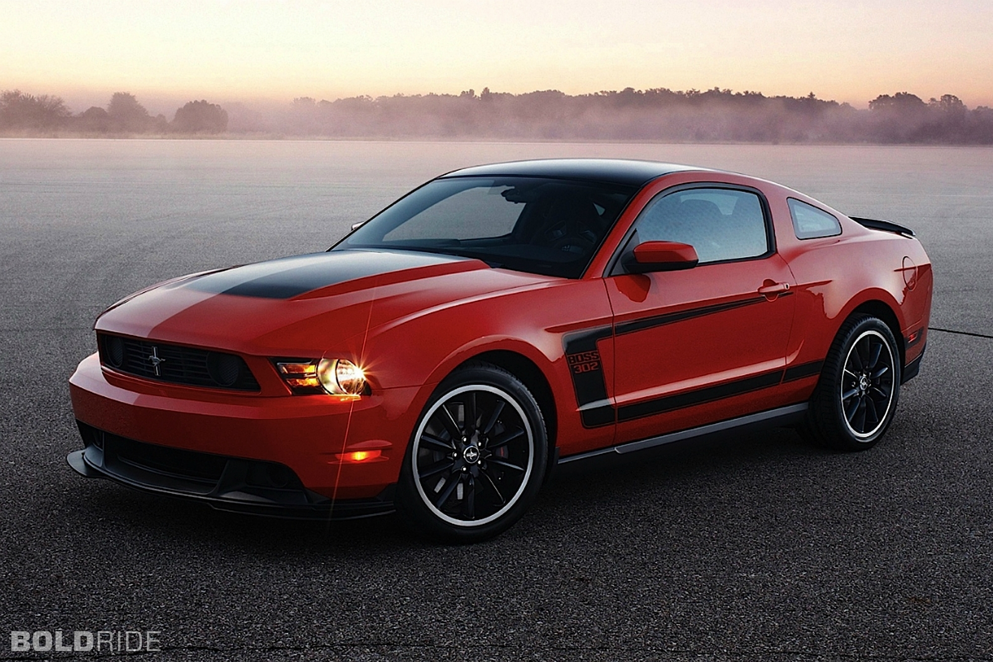 2012 Ford Mustang Boss 302 1600 x 1200