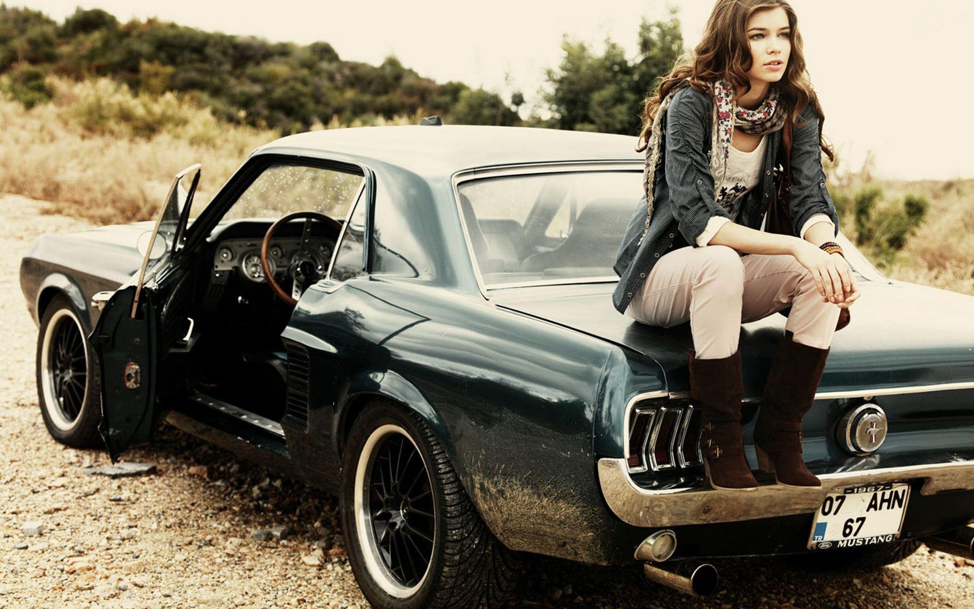 Ford Mustang Girl