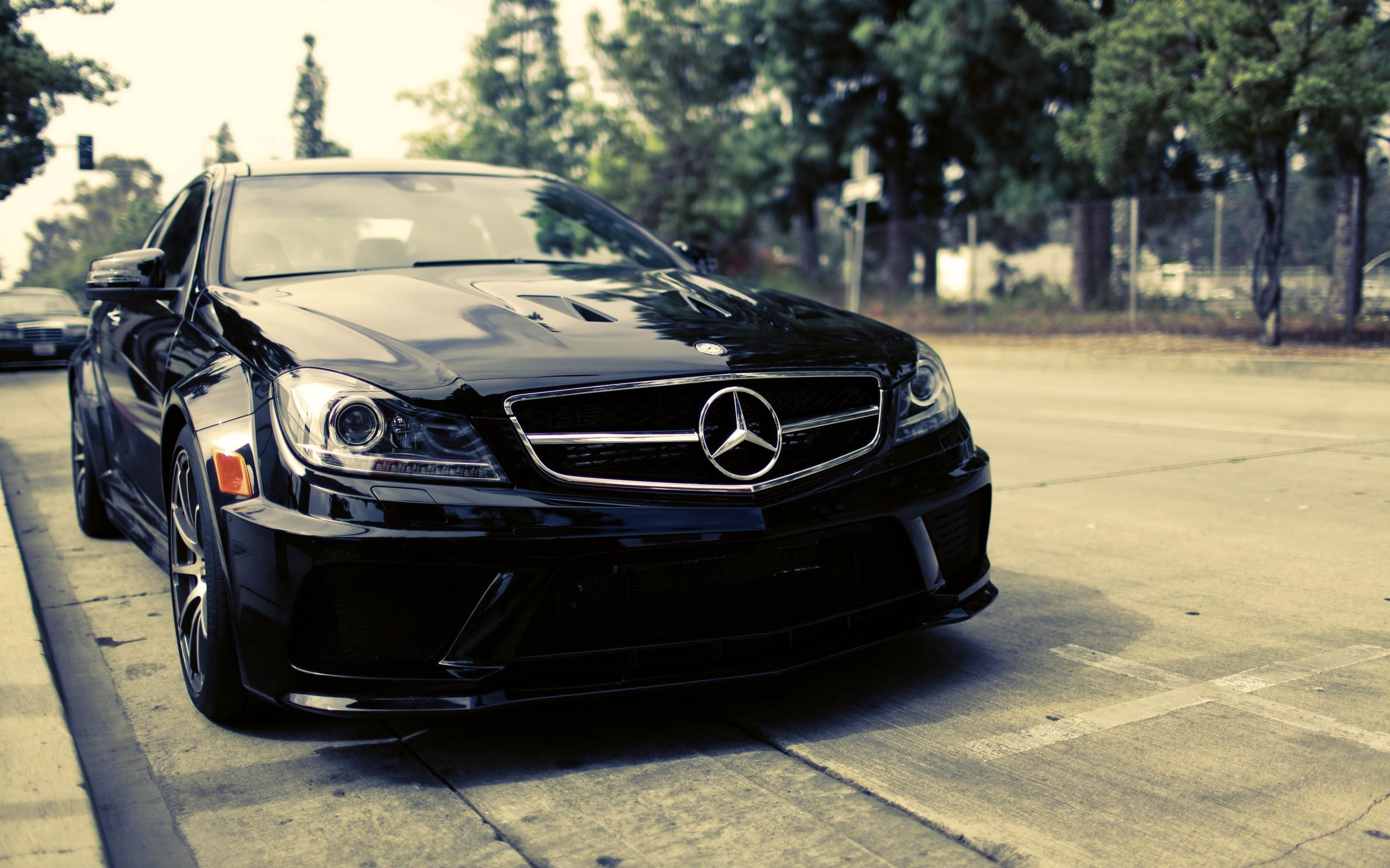 Download Mercedes C63 AMG 24 HD Image Full Size