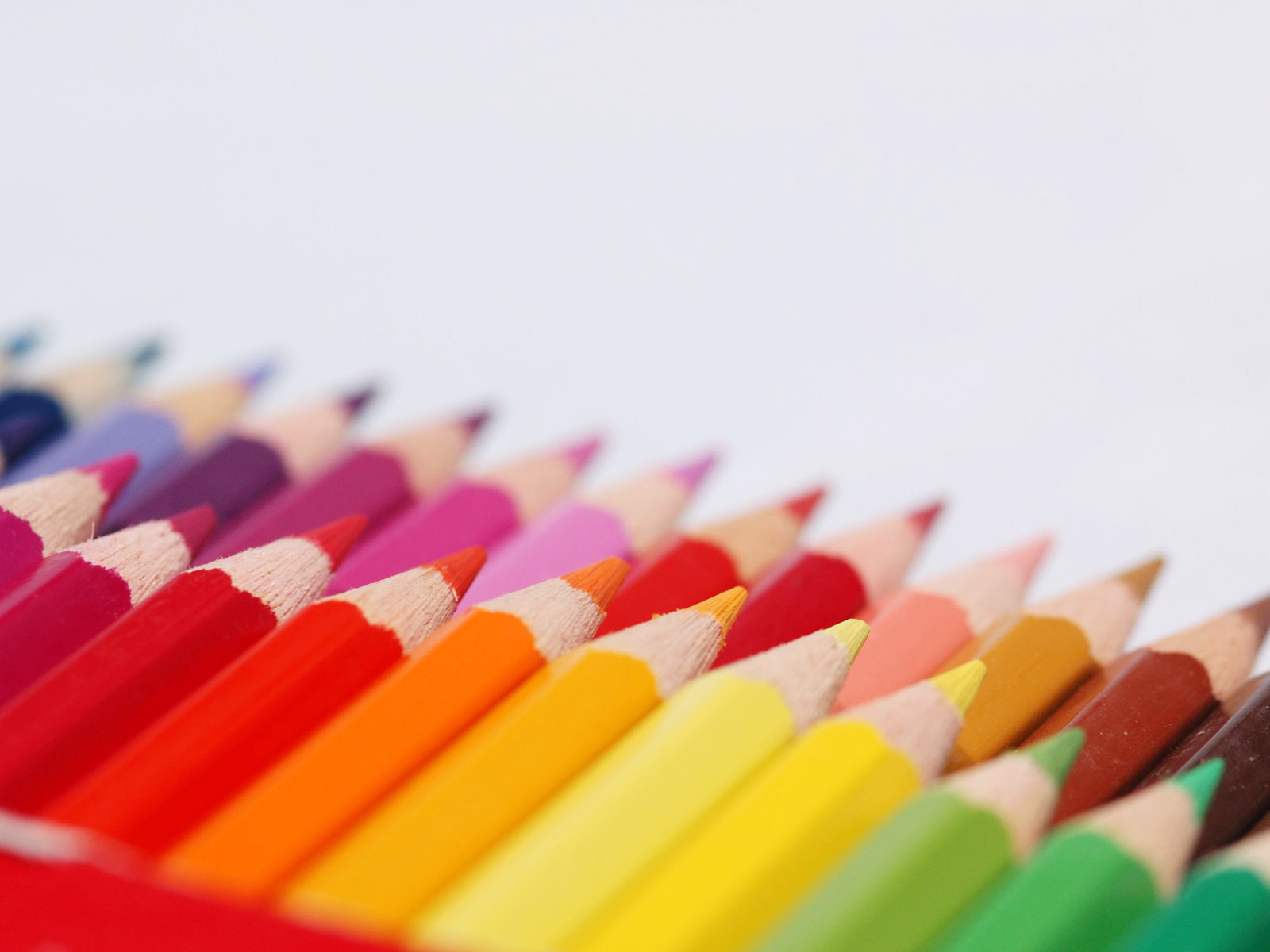 Free Colored Pencils Wallpaper