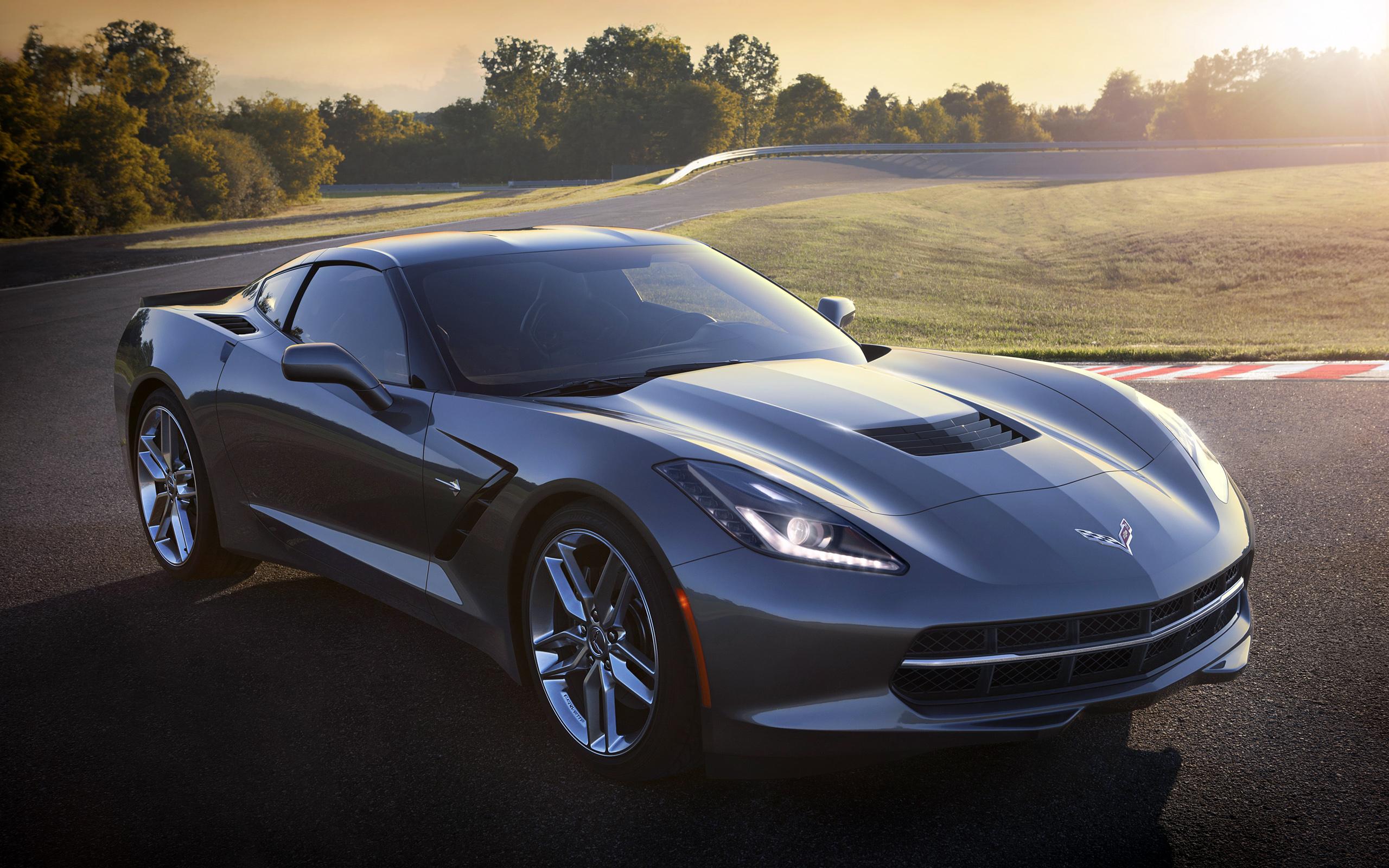 Free Corvette Stingray Wallpaper