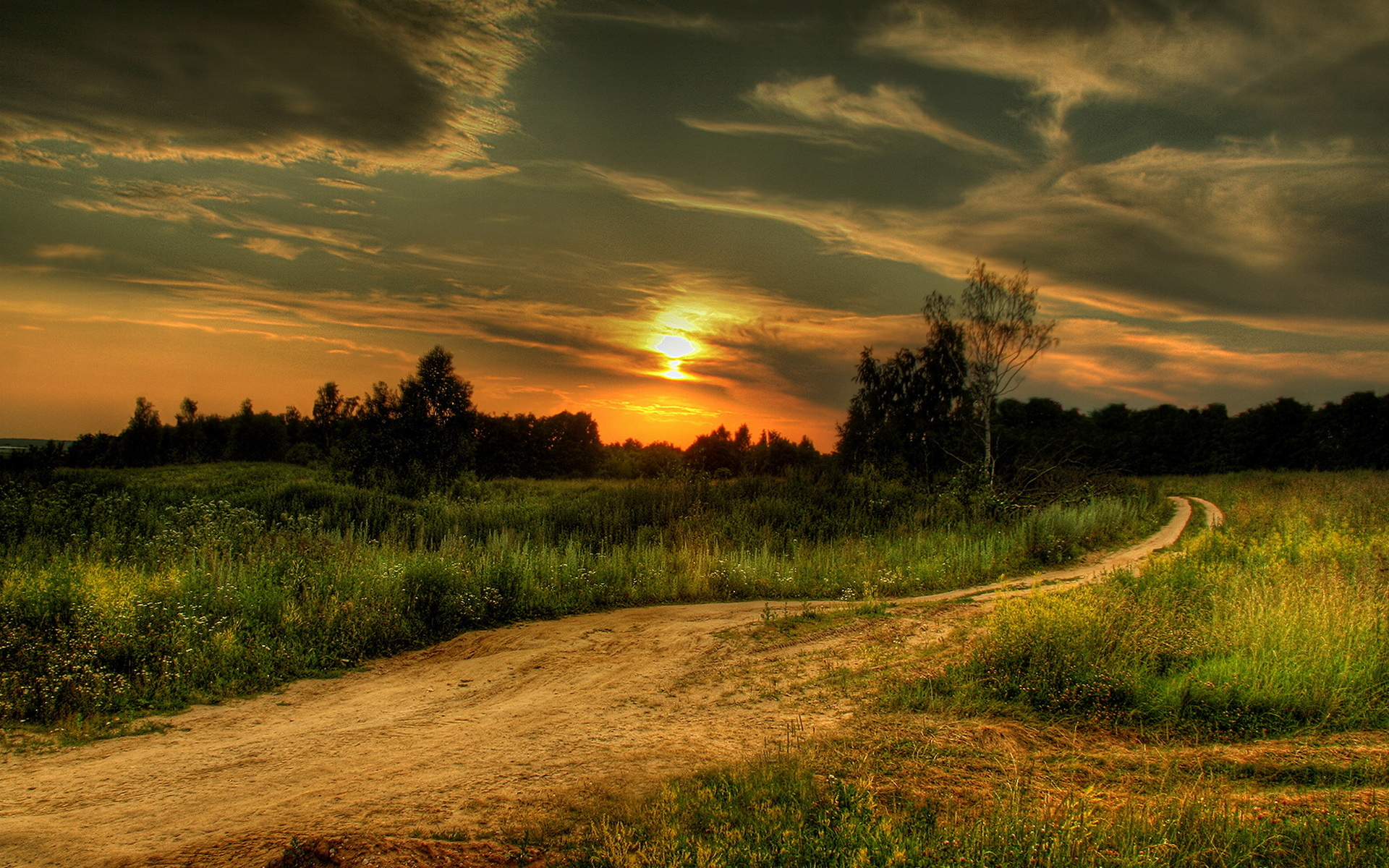 ... Pretty Dirt Road Wallpaper