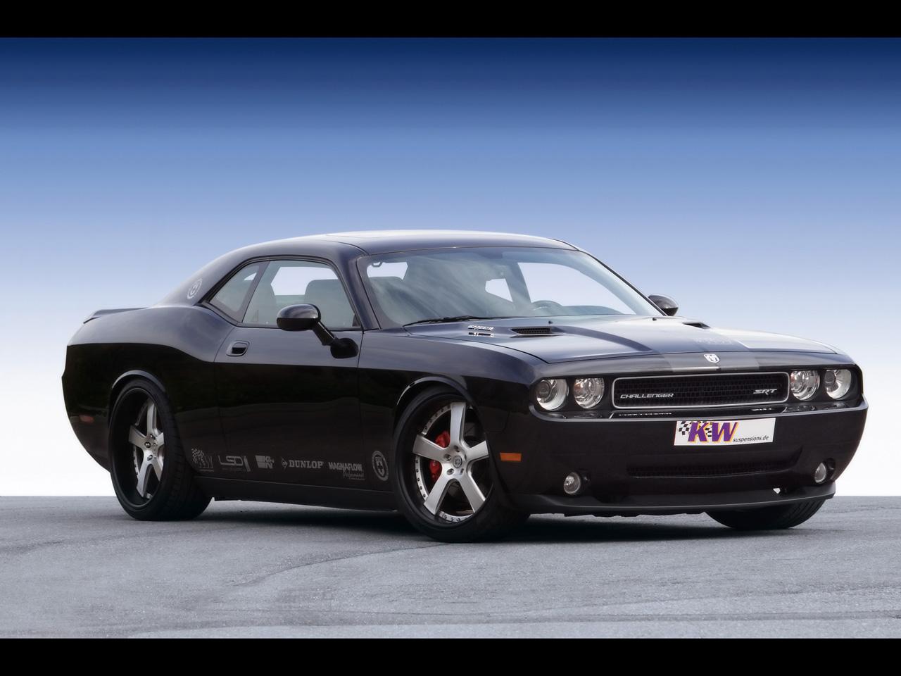 Free Dodge Challenger Wallpaper