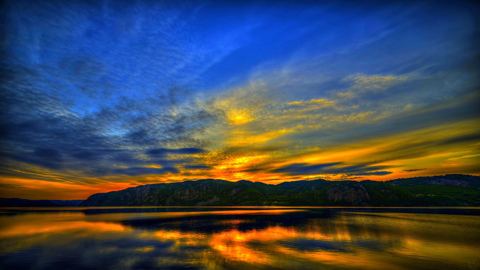 These wallpapers are high definition and available in wide range of sizes and resolutions. Download Lake At Dusk HD Wallpapers absolutely free for your Pc, ...