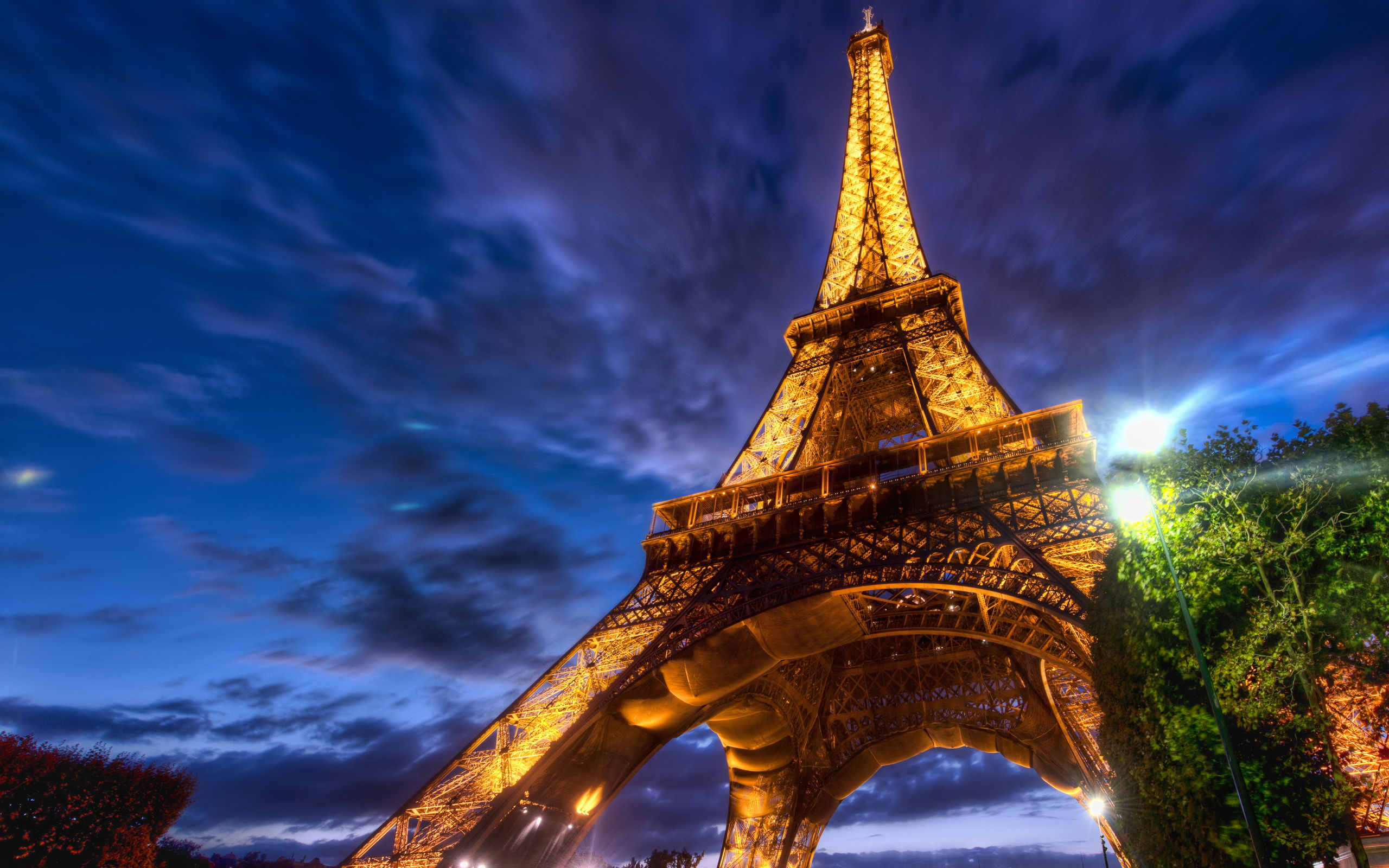 d fabulous image of eiffel tower