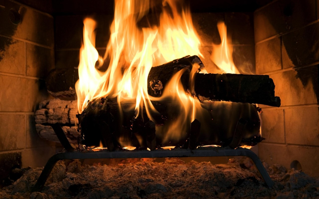 Free Fireplace Wallpaper