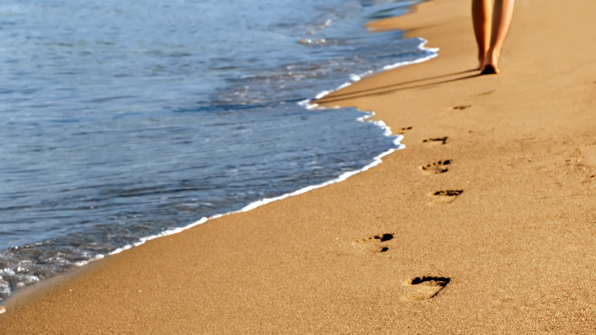 Free Footprints Wallpaper
