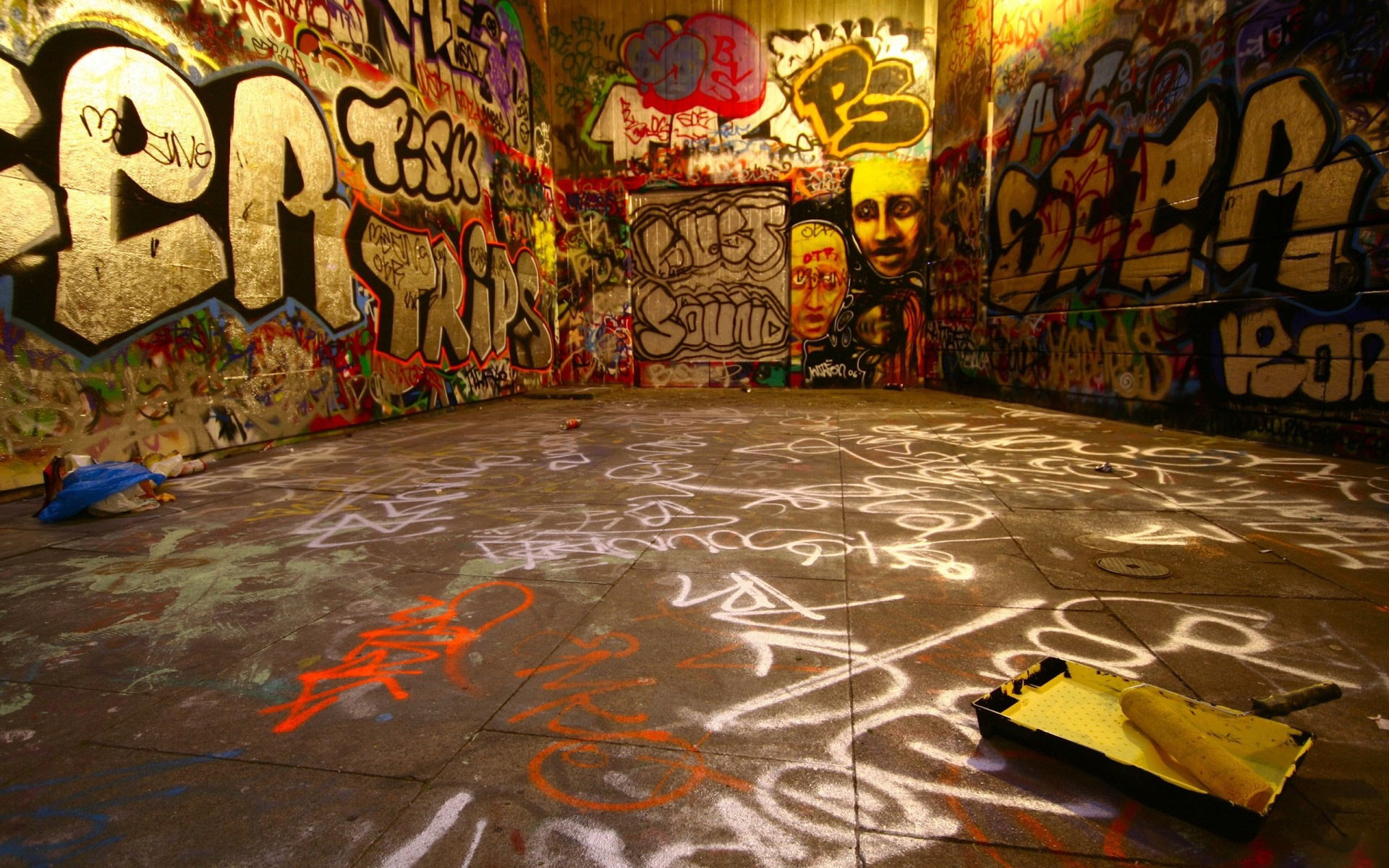 Free Graffiti Backgrounds
