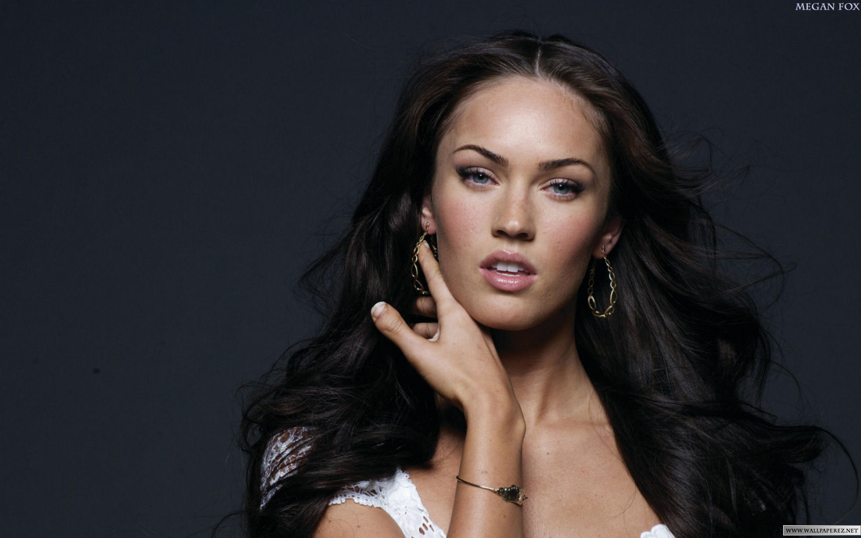 Megan Fox Beauty Desktop Wallpaper
