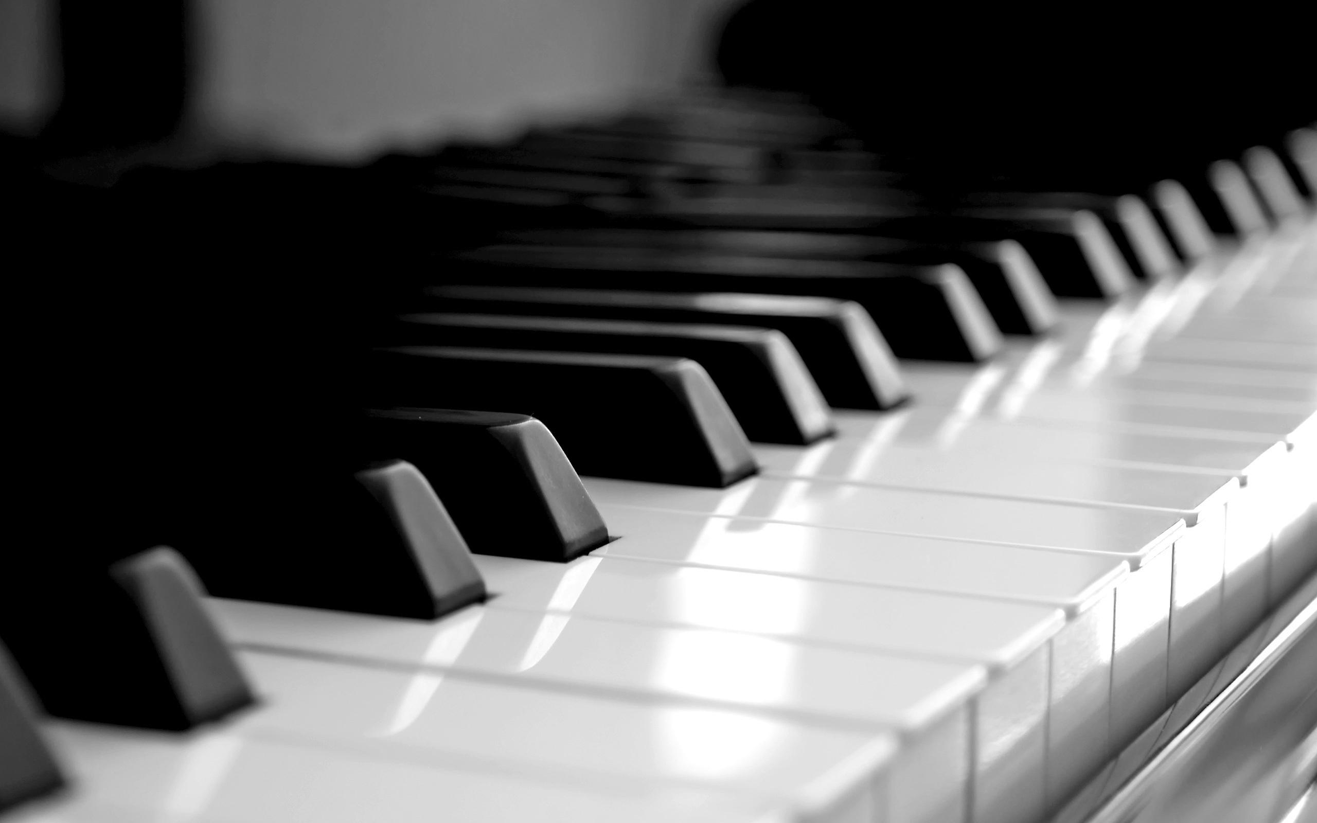 Free Piano Wallpaper