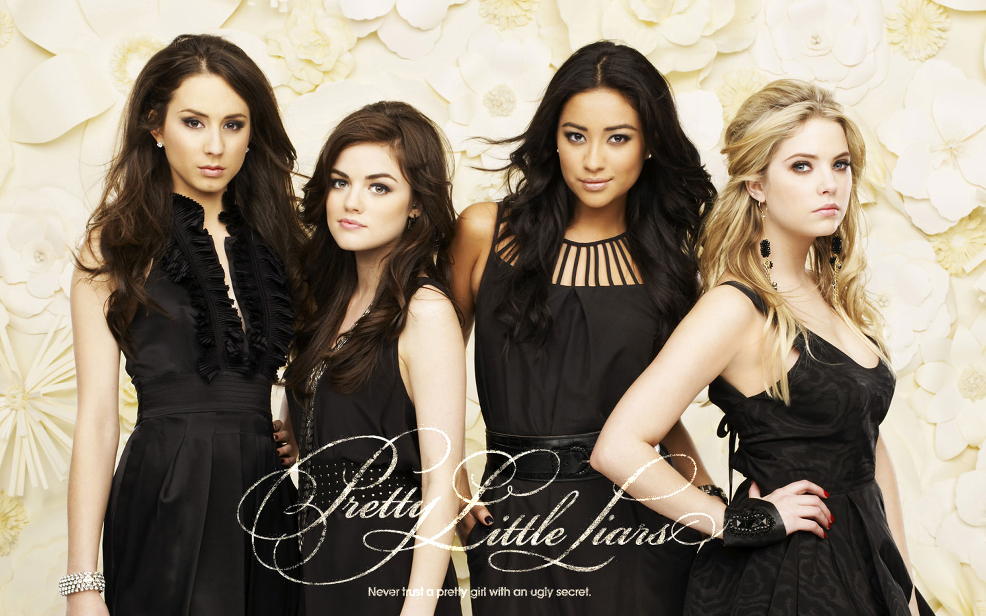 Download Pretty Little Liars HD Wallpapers absolutely free for your pc desktop, laptop and mobile devices.