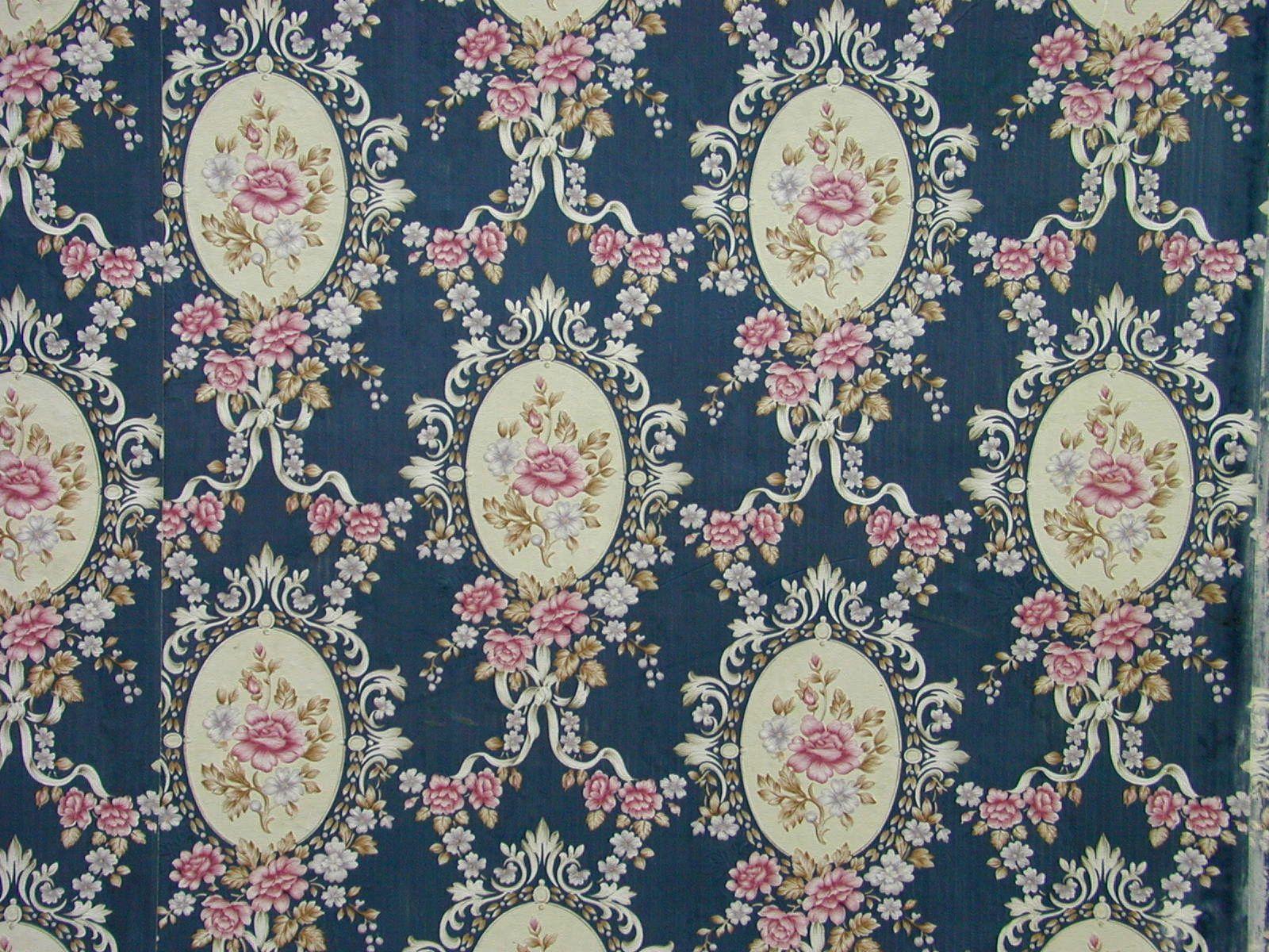 Free Victorian Wallpaper