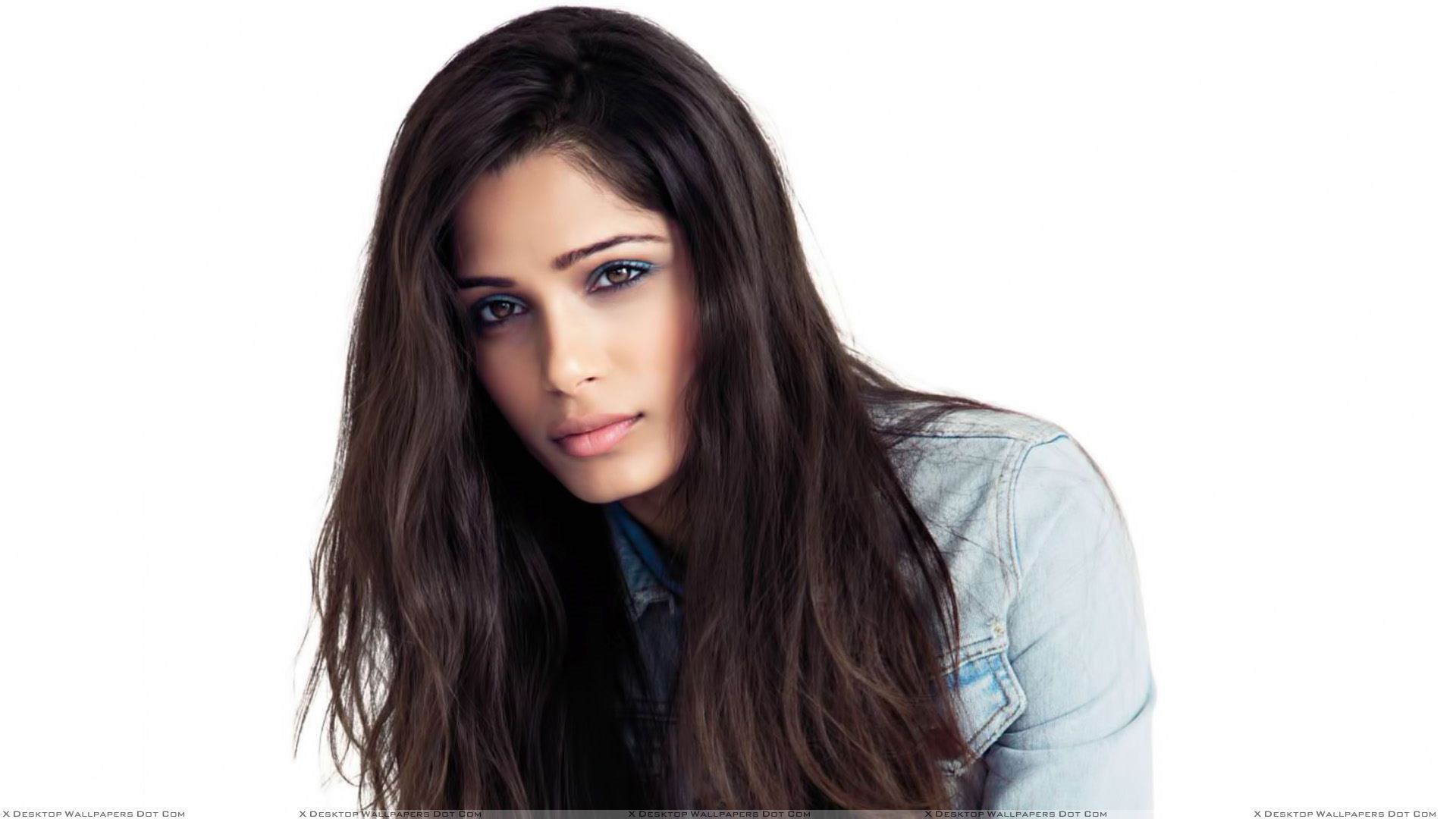 ... Share on Pinterest; Embed. Freida Pinto ...
