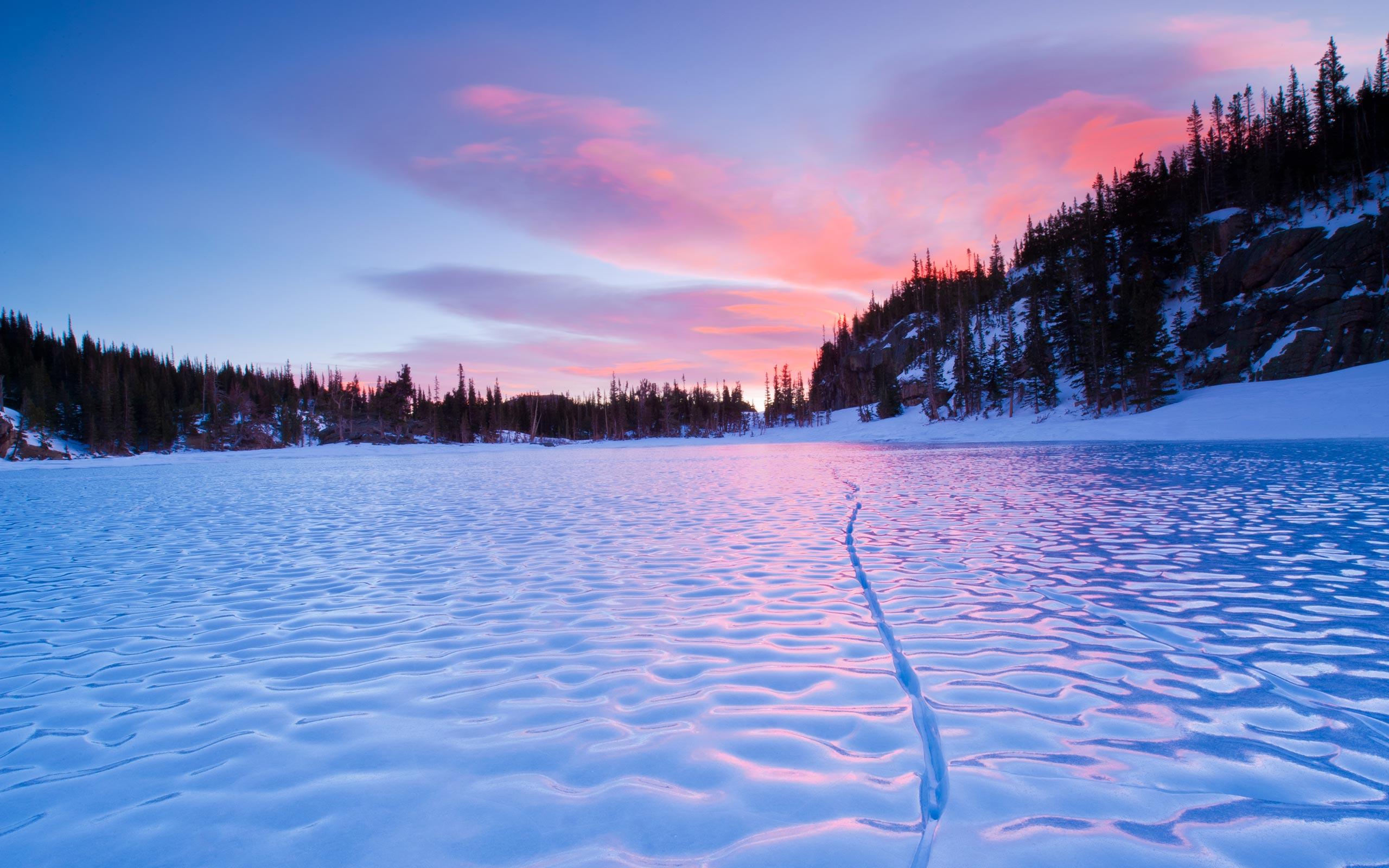 ... Frozen Lake Wallpaper ...