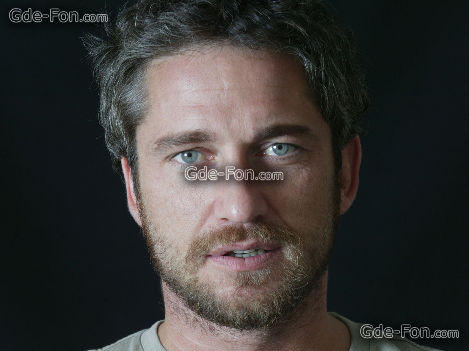 Posted Image. Gerard Butler ...