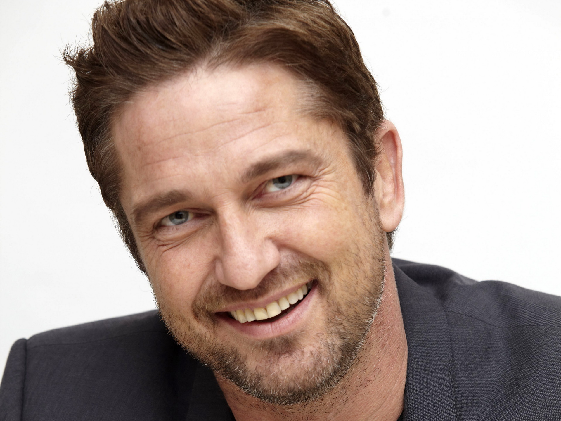 Gerard Butler free wallpapers