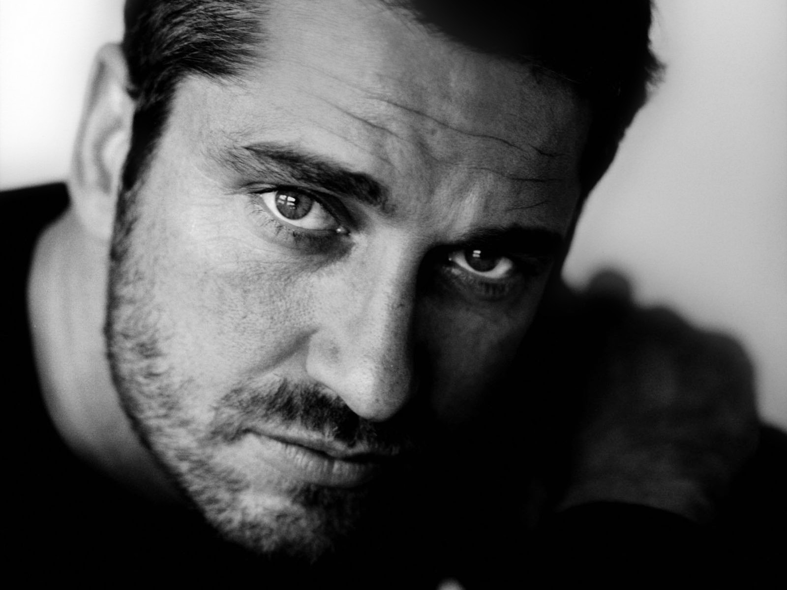 Gerard Butler Wallpaper