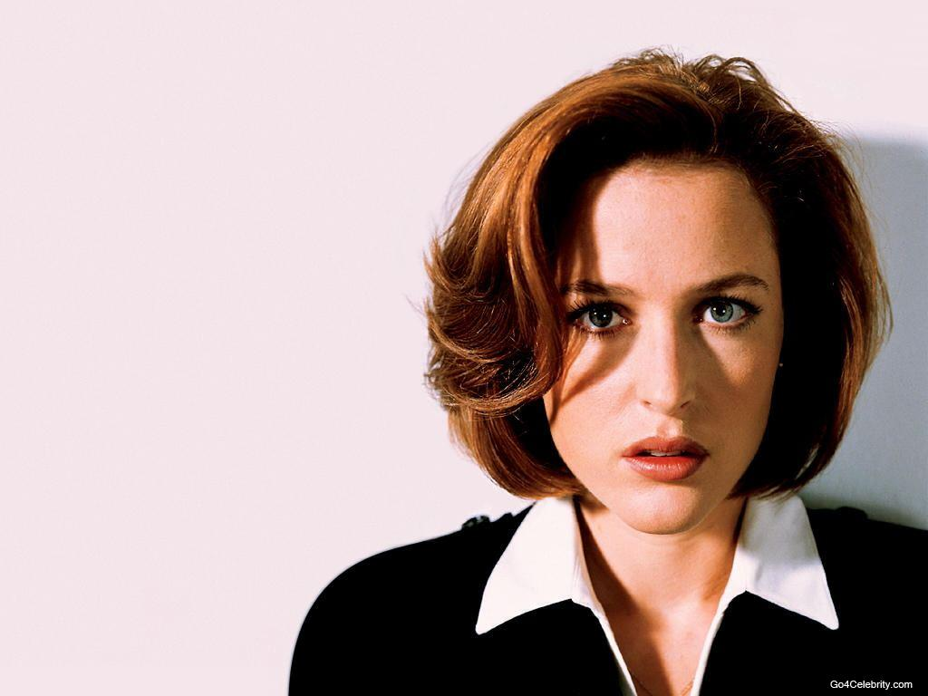 Gillian Leigh Anderson (born August 9, 1968) is an American actress, best known for her roles as FBI Special Agent Dana Scully in the American TV series The ...