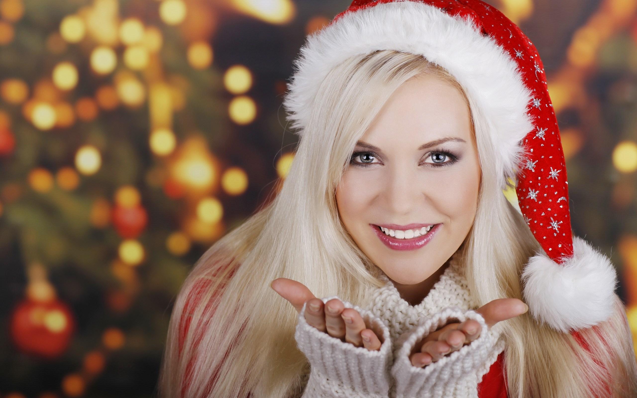 Girl Blonde Smile Christmas Tree New Year