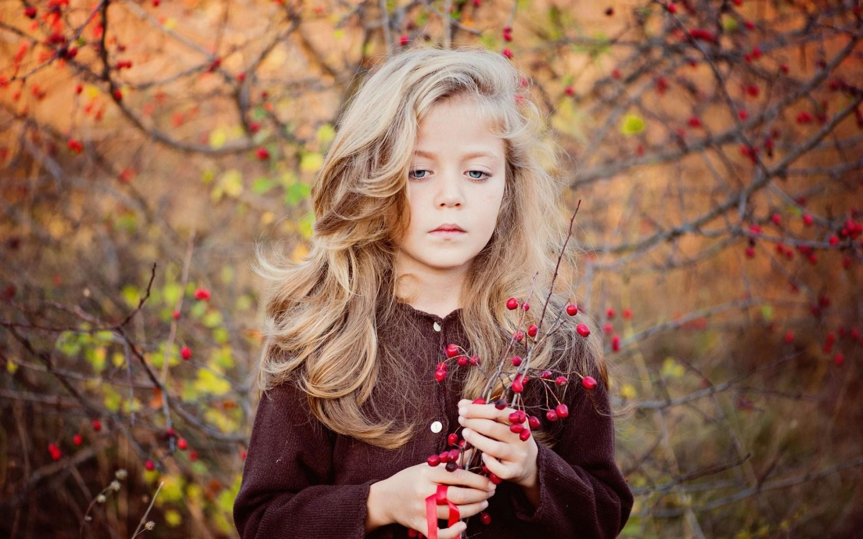 Girl Children Blonde Blue Eyes Autumn Mood