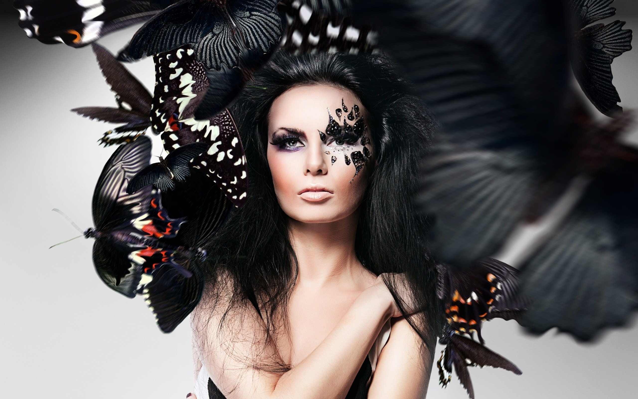 Butterflies Art Brunette Woman HD Wallpaper