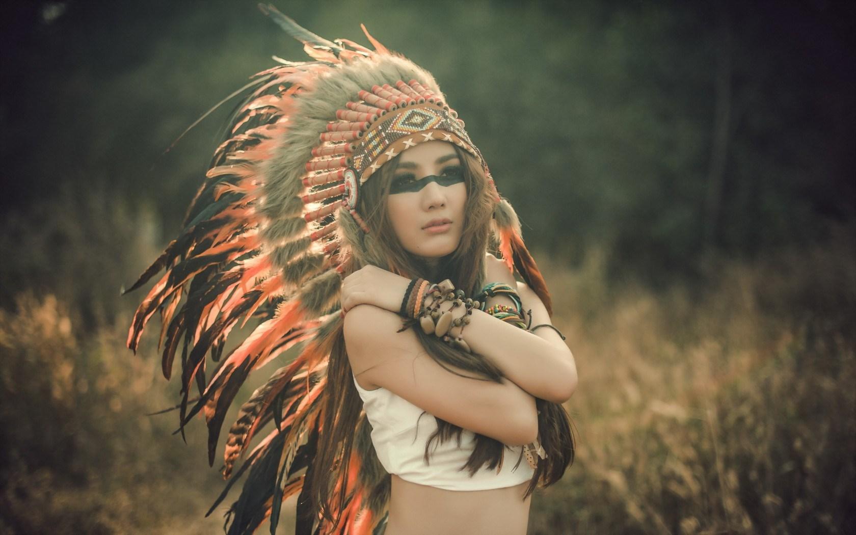 Girl Indian Headdress Art Wallpaper 1680x1050 9307