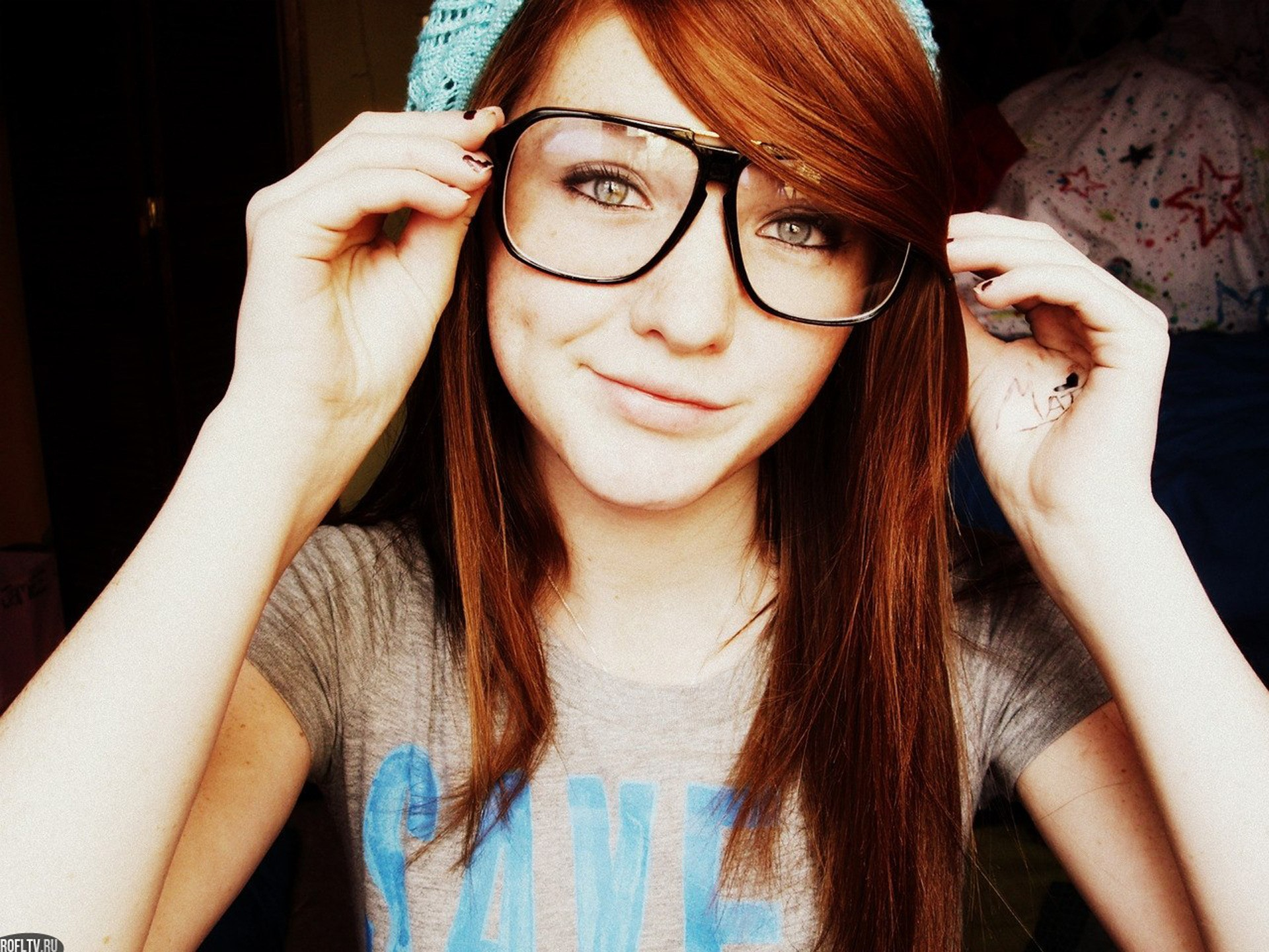 Girls With Glasses Background