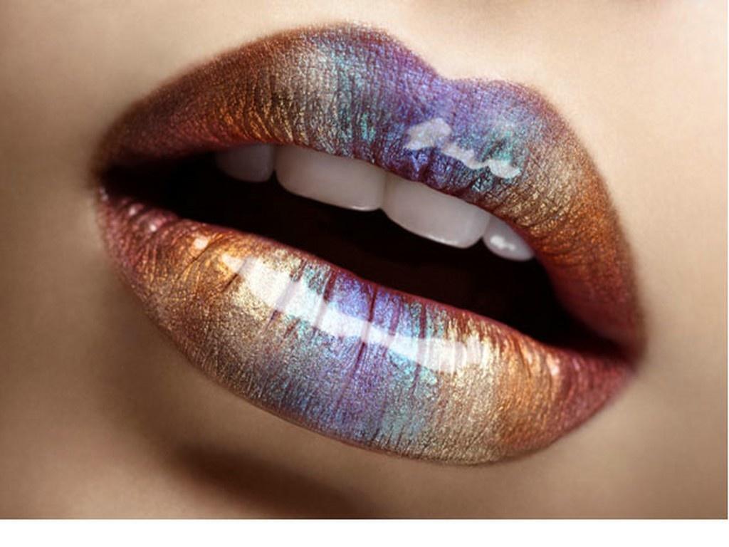 Glitter lips Wallpaper