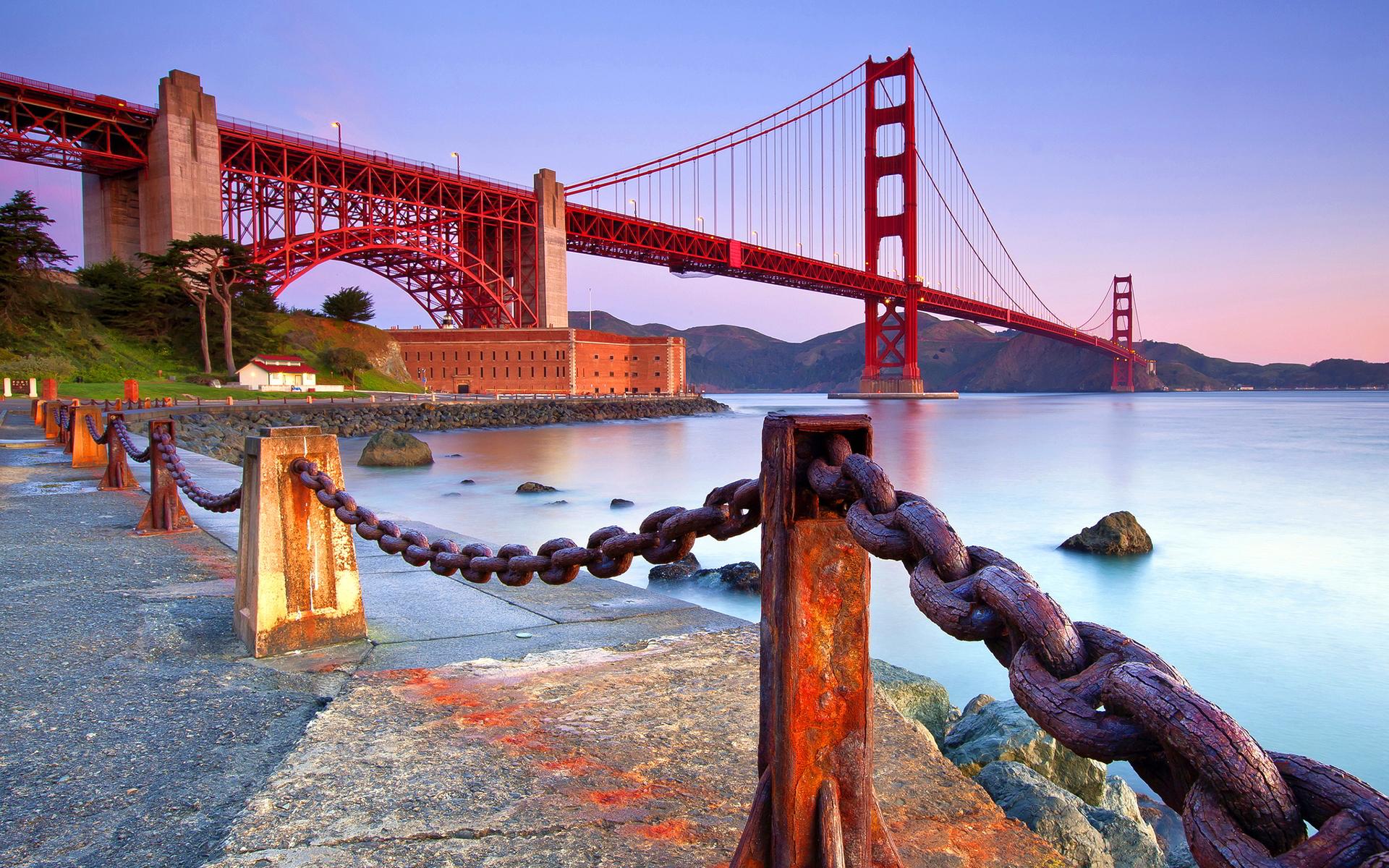 Coast golden gate bridge