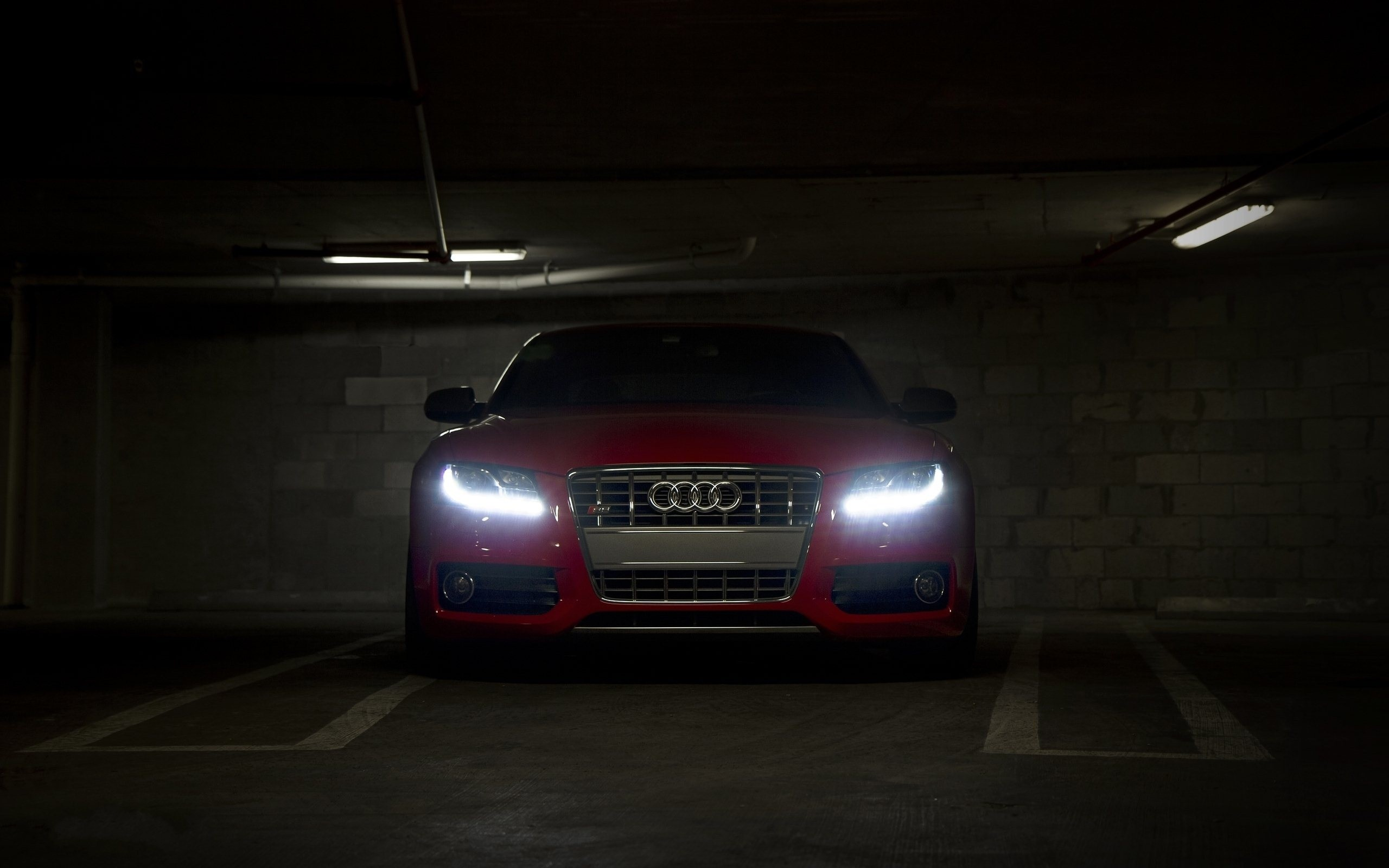 Gorgeous Audi RS5 Wallpaper