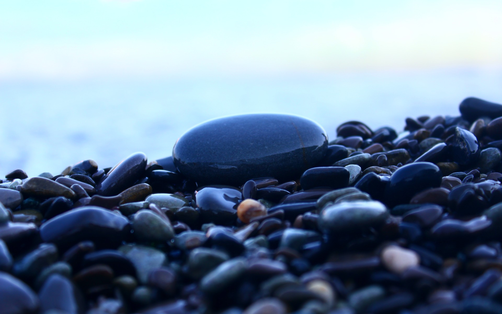 Gorgeous Pebbles Wallpaper