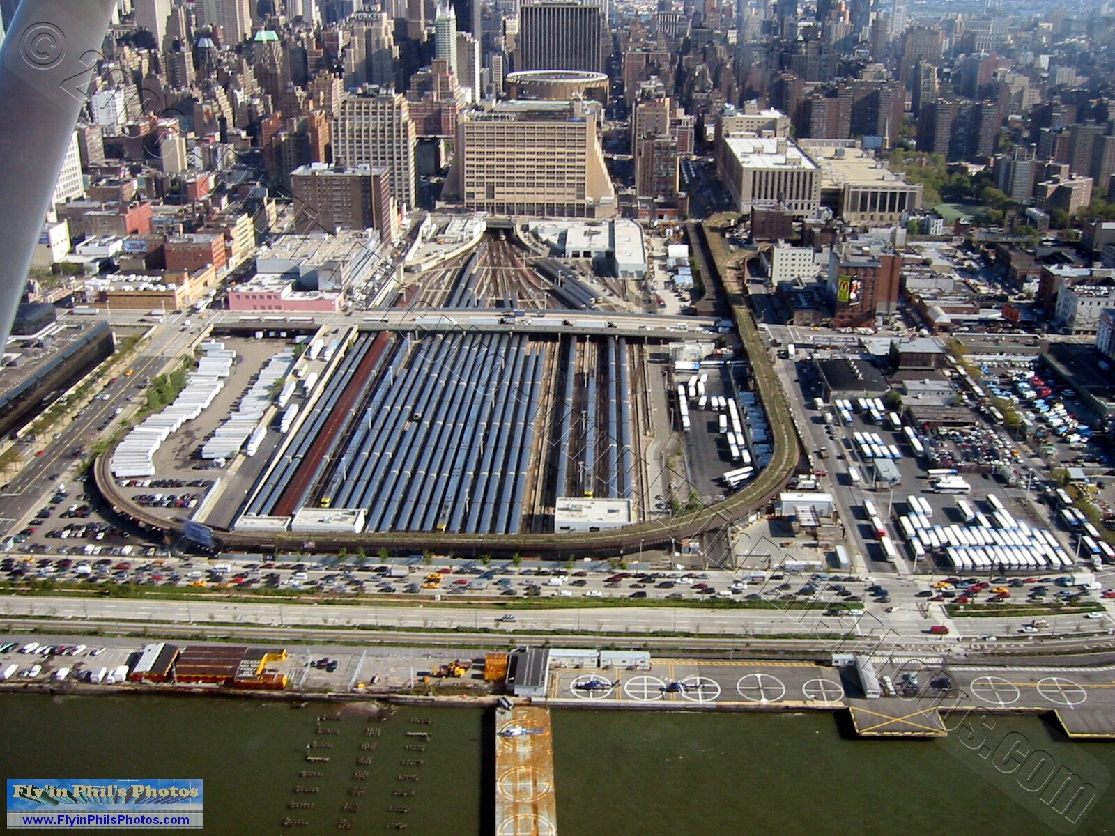 0022 Grand Central Station, Manhattan 0023 Empire State Building, Manhattan 0024 Intrepid Sea, Air & Space Museum, Manhattan
