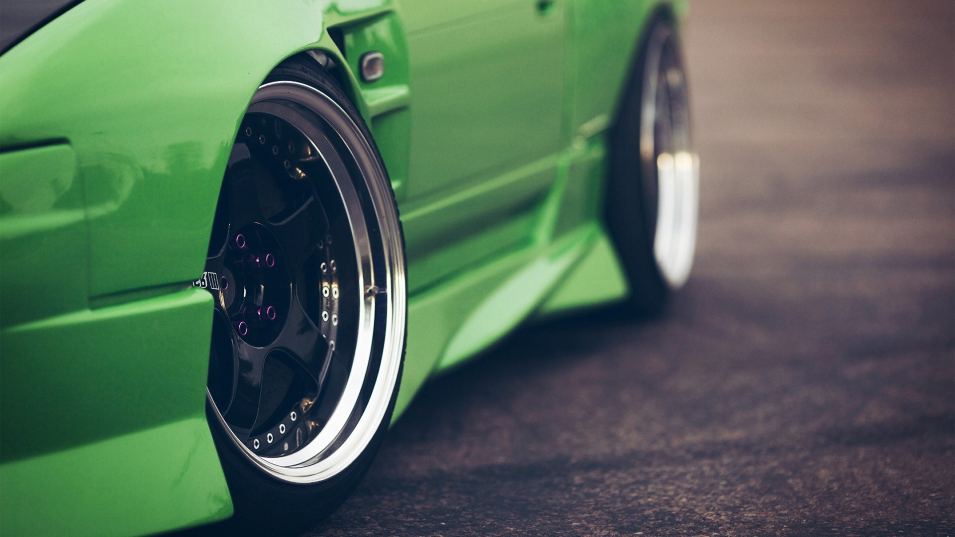 Green Car Unique Wheels Photo