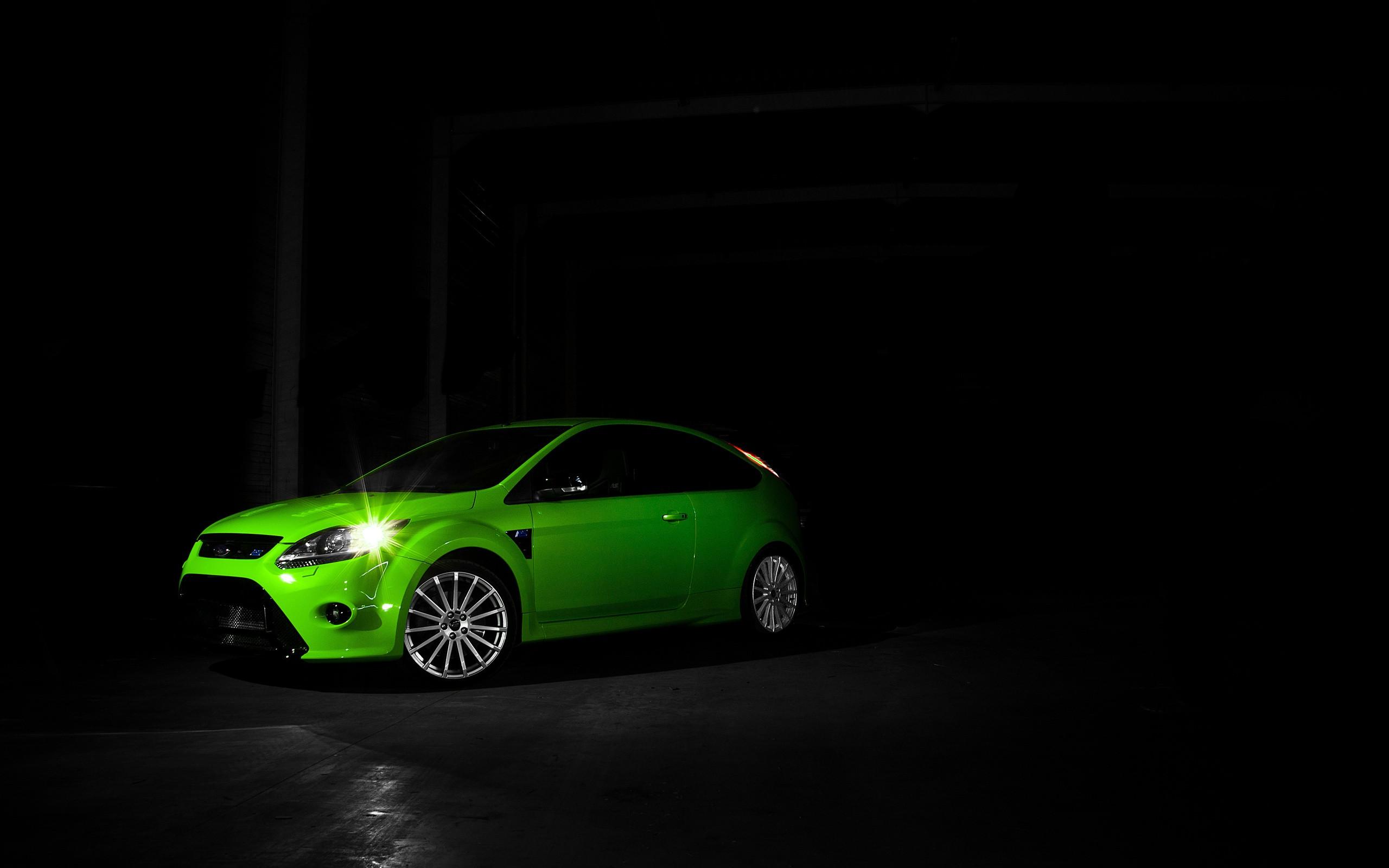 Free Green Car Wallpaper