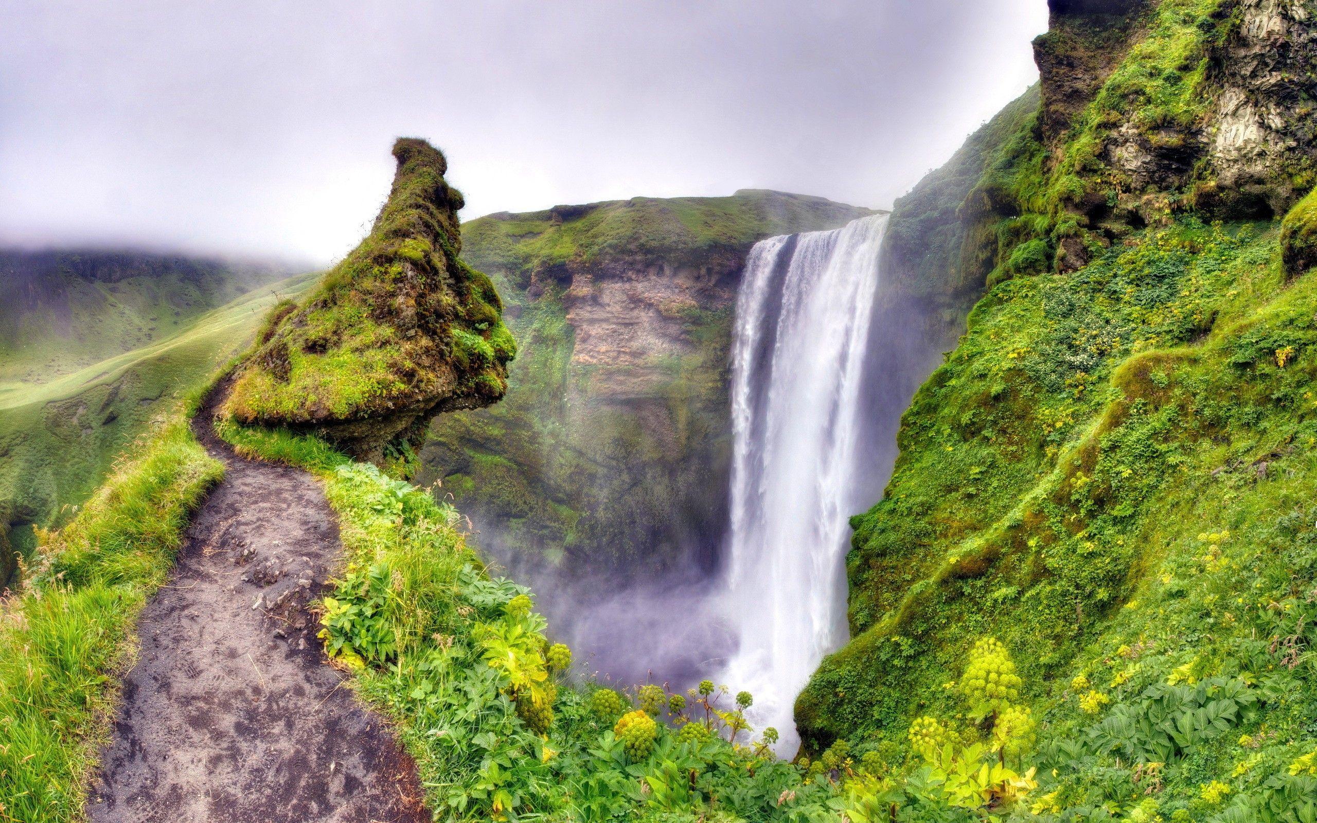 Green Moss Canyon Waterfall