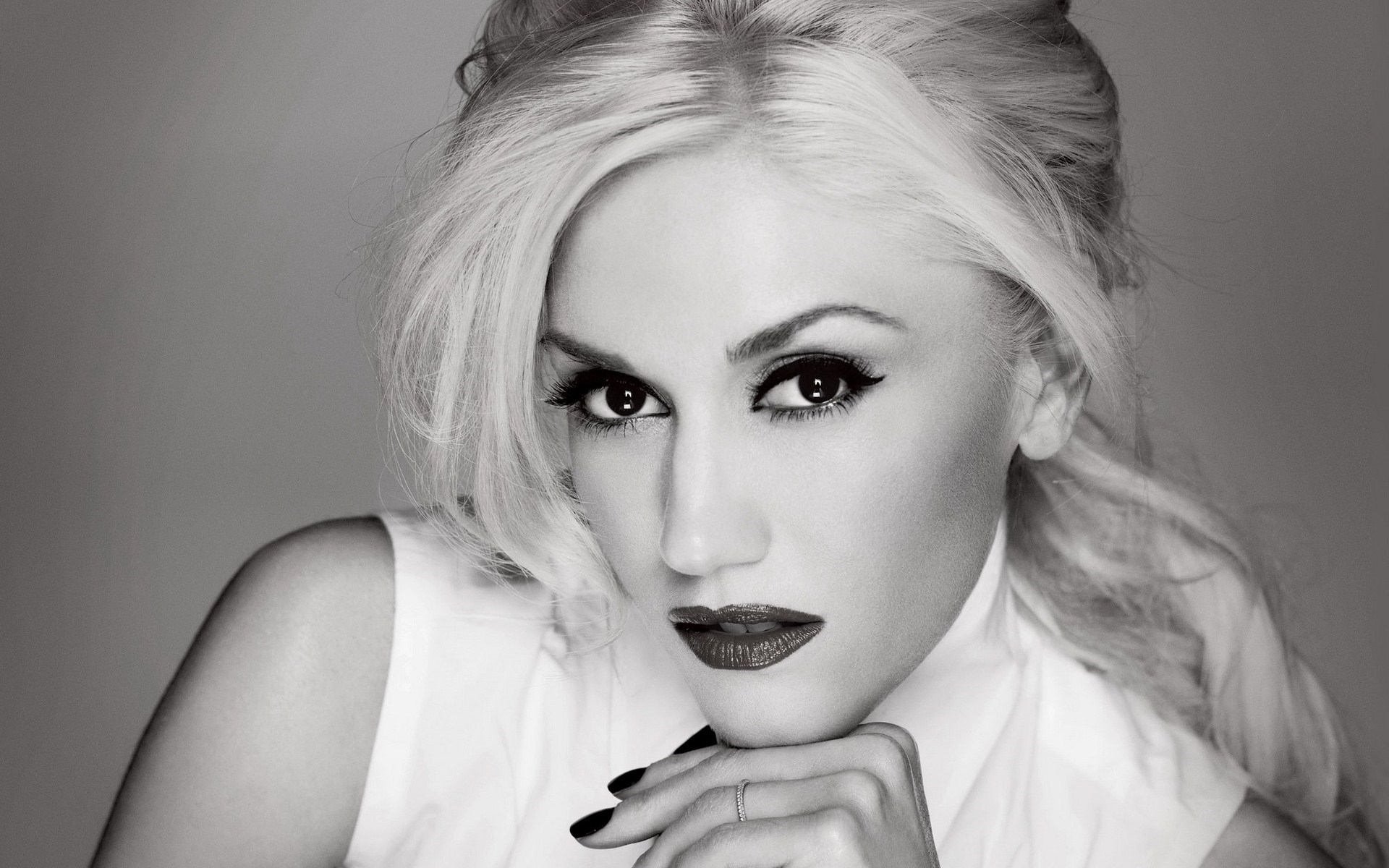 Gwen Stefani Beauty Singer Music