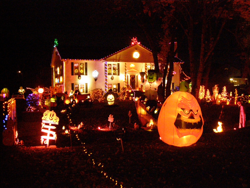 ... memories while growing up was walking from house to house with my sisters and parents in my Halloween costume, looking at the outdoor decorations, ...