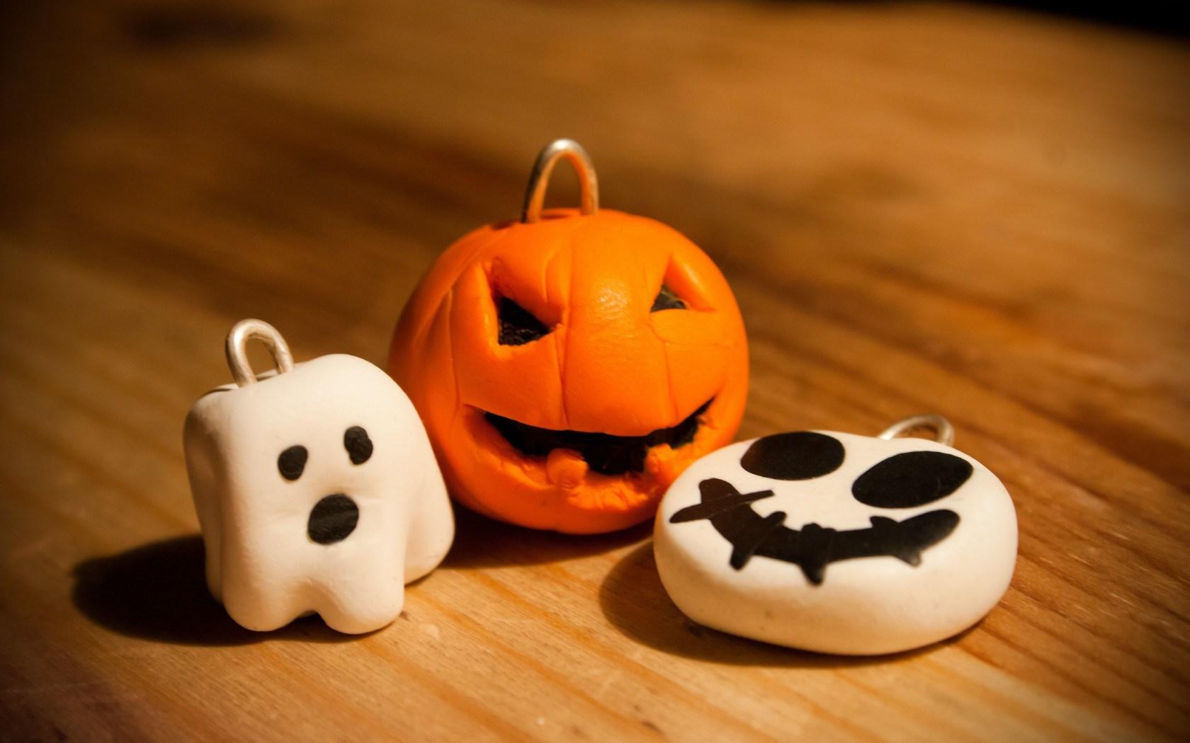 Halloween Holiday Pumpkin Ghost Key Chains