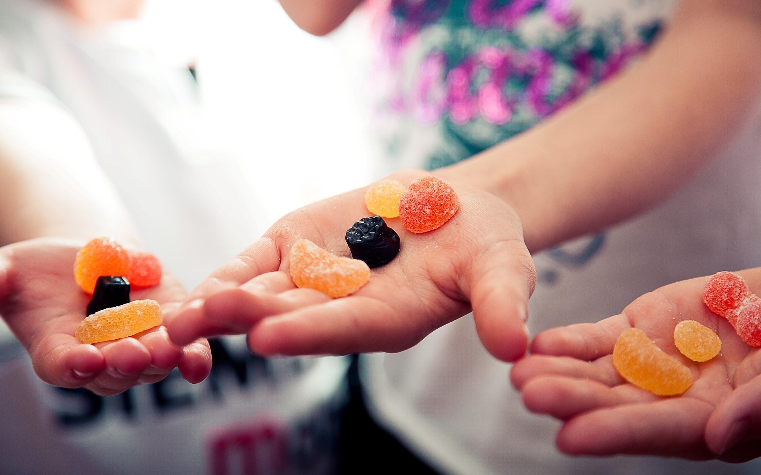 Kids Hands Fruit Jellies Focus HD Wallpaper