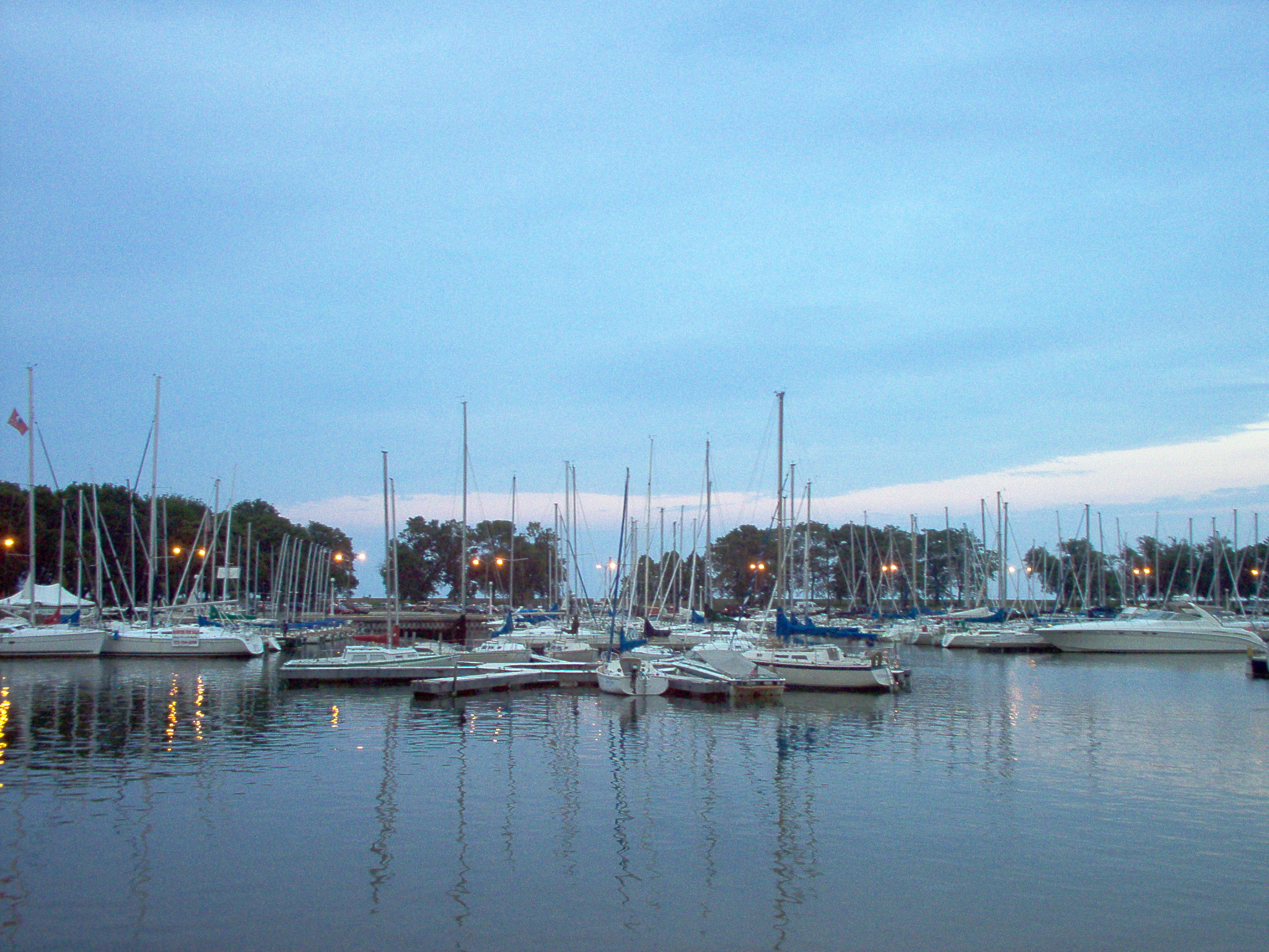 File:Gerald Farinas Belmont Harbor Chicago.jpg