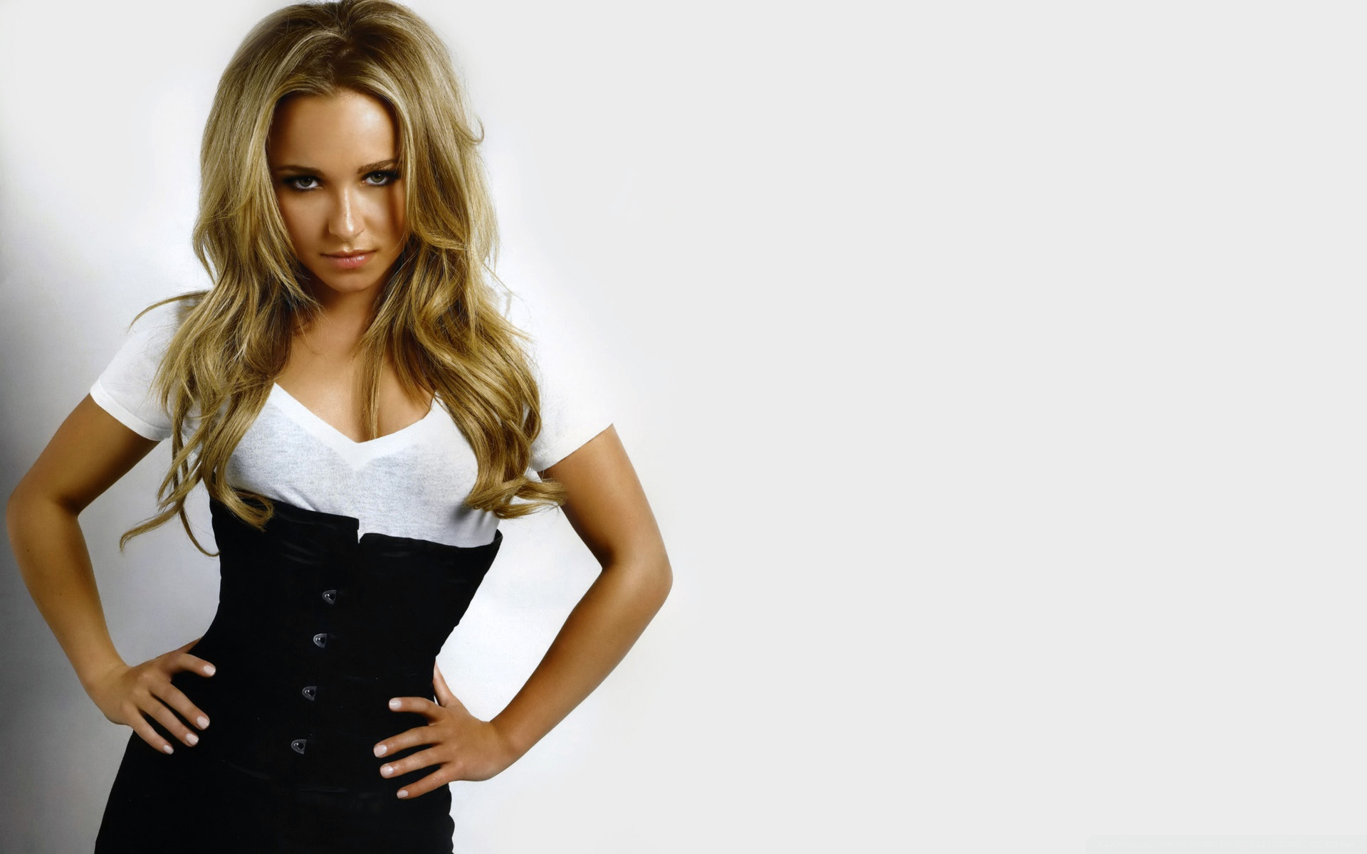 Hayden Panettiere 80 HD Wide Wallpaper for Widescreen