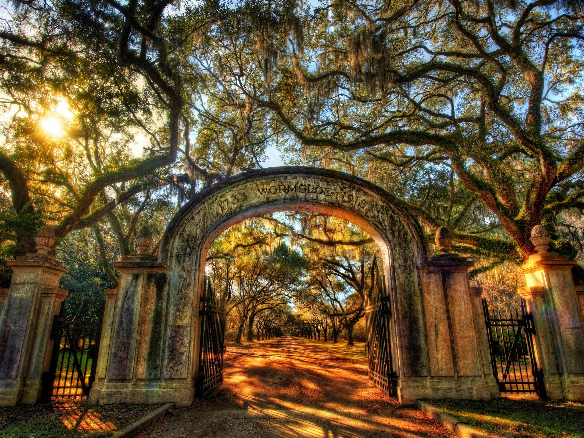 Georgia HDR photography arch fences gate- Wallpaper 2048x1536