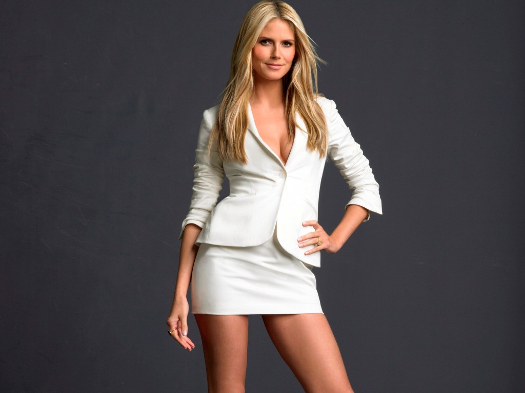 Photo gallery of Heidi Klum