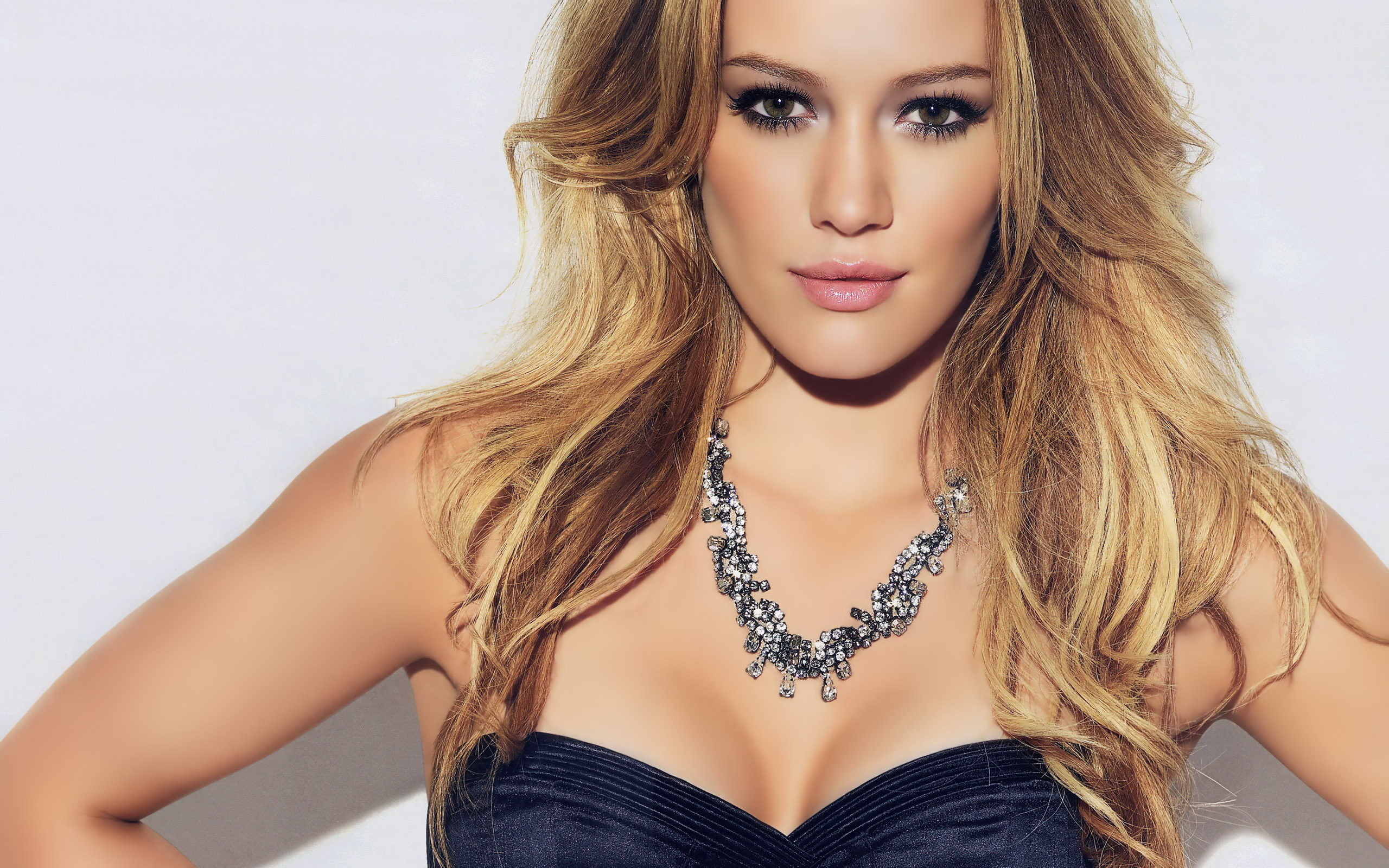 hilary duff hot desktop wallpaper