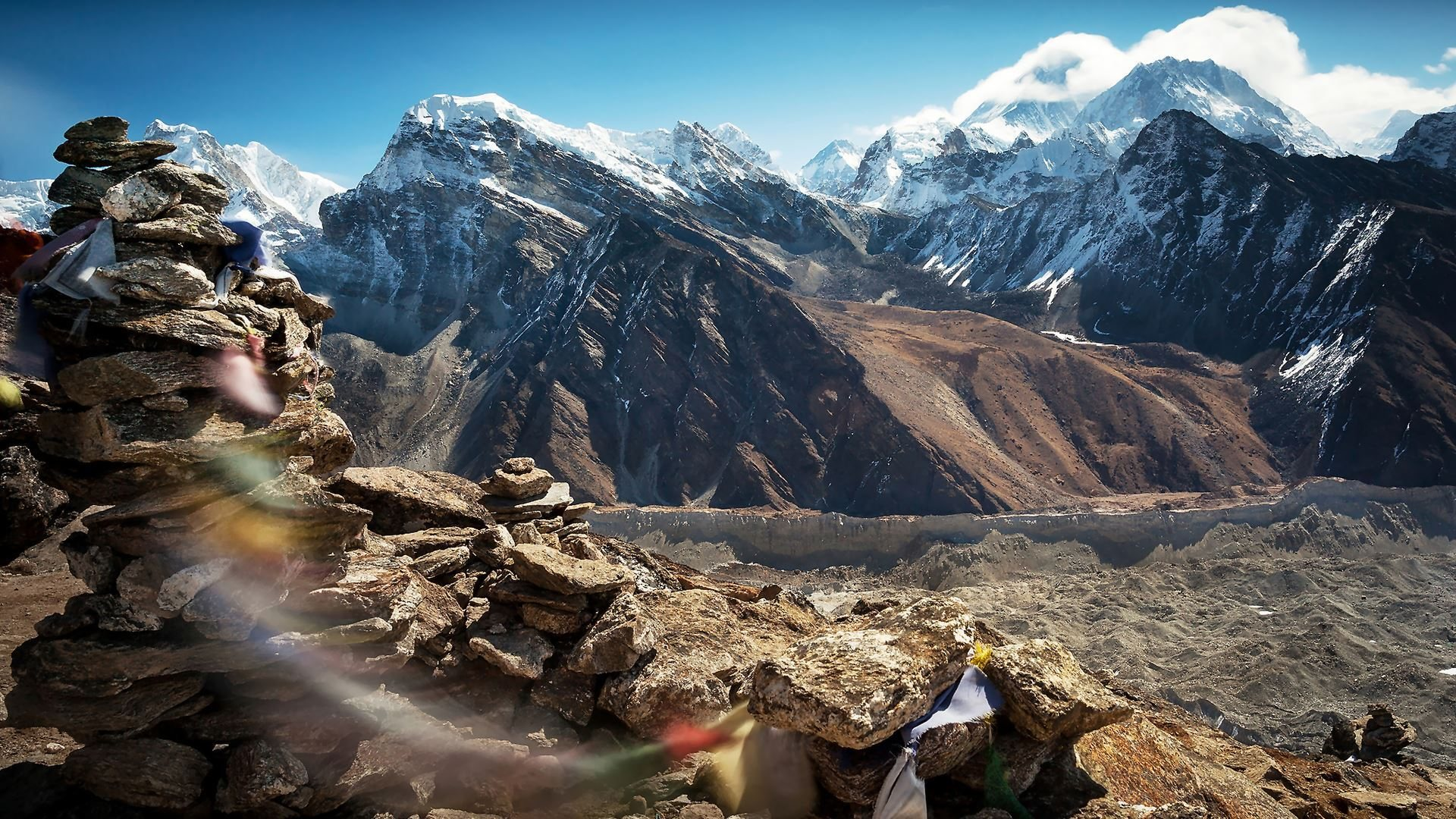 Amazing Himalayas Wallpaper