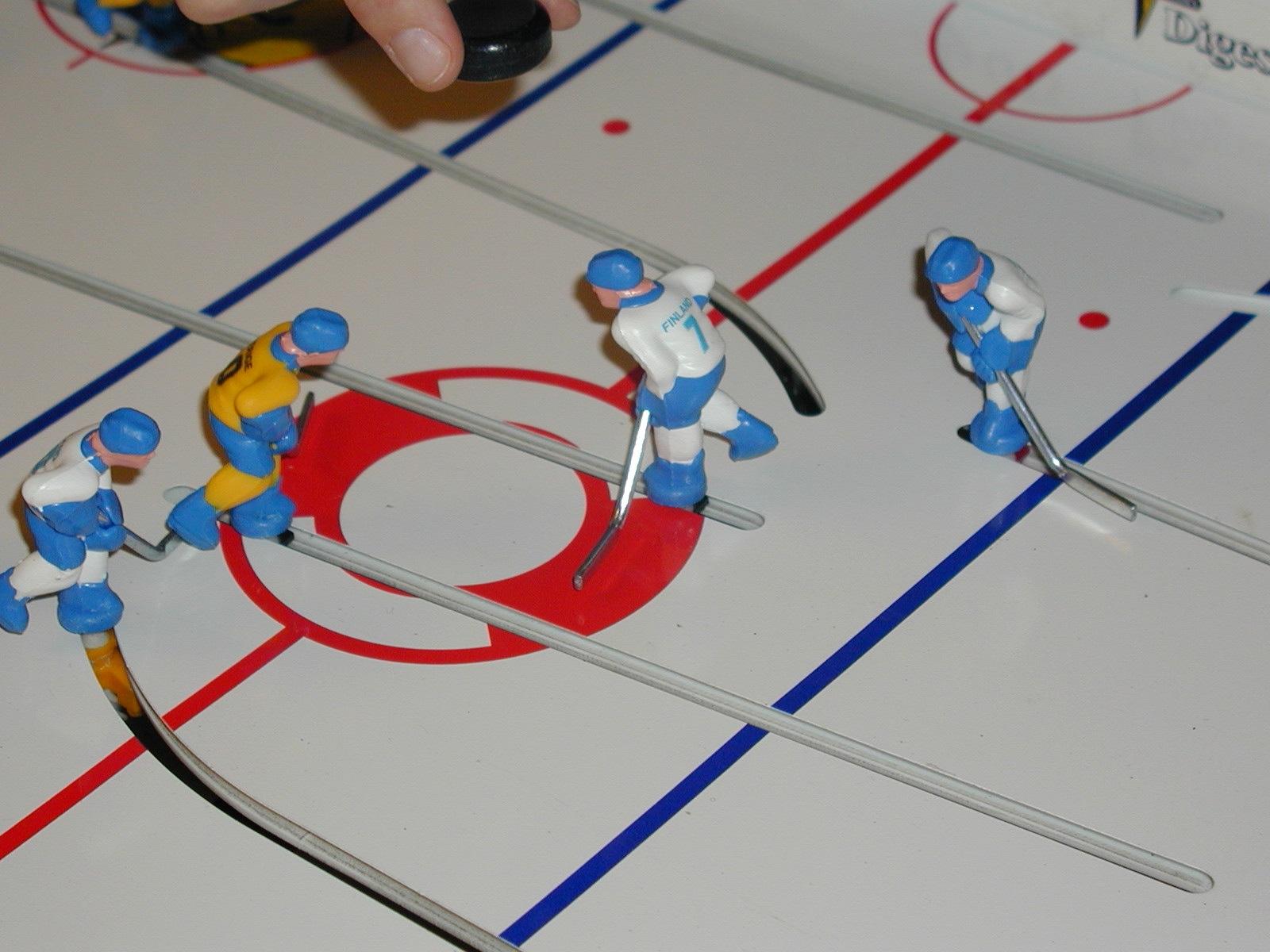 Table hockey face-off