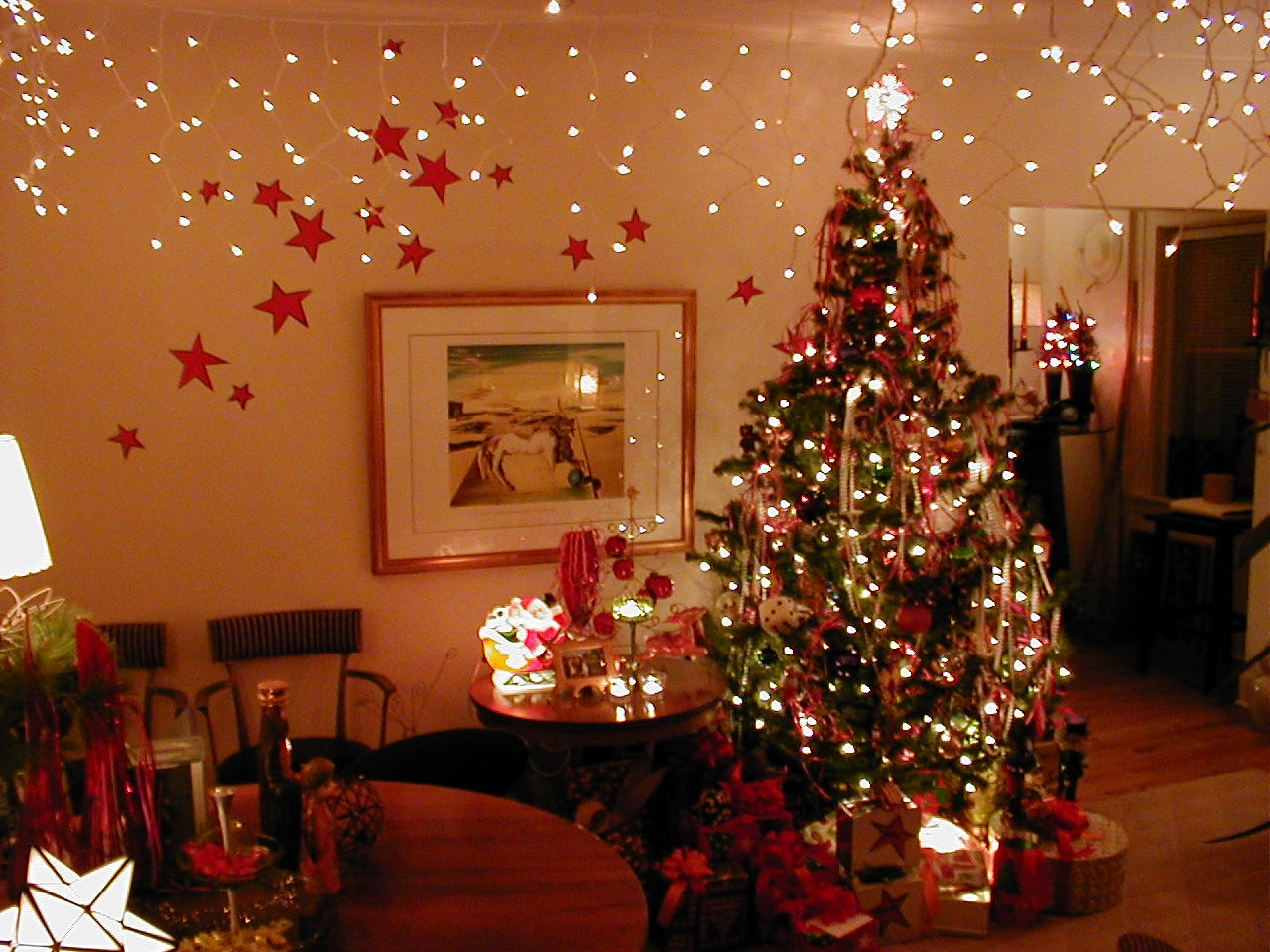 holiday decoration pictures